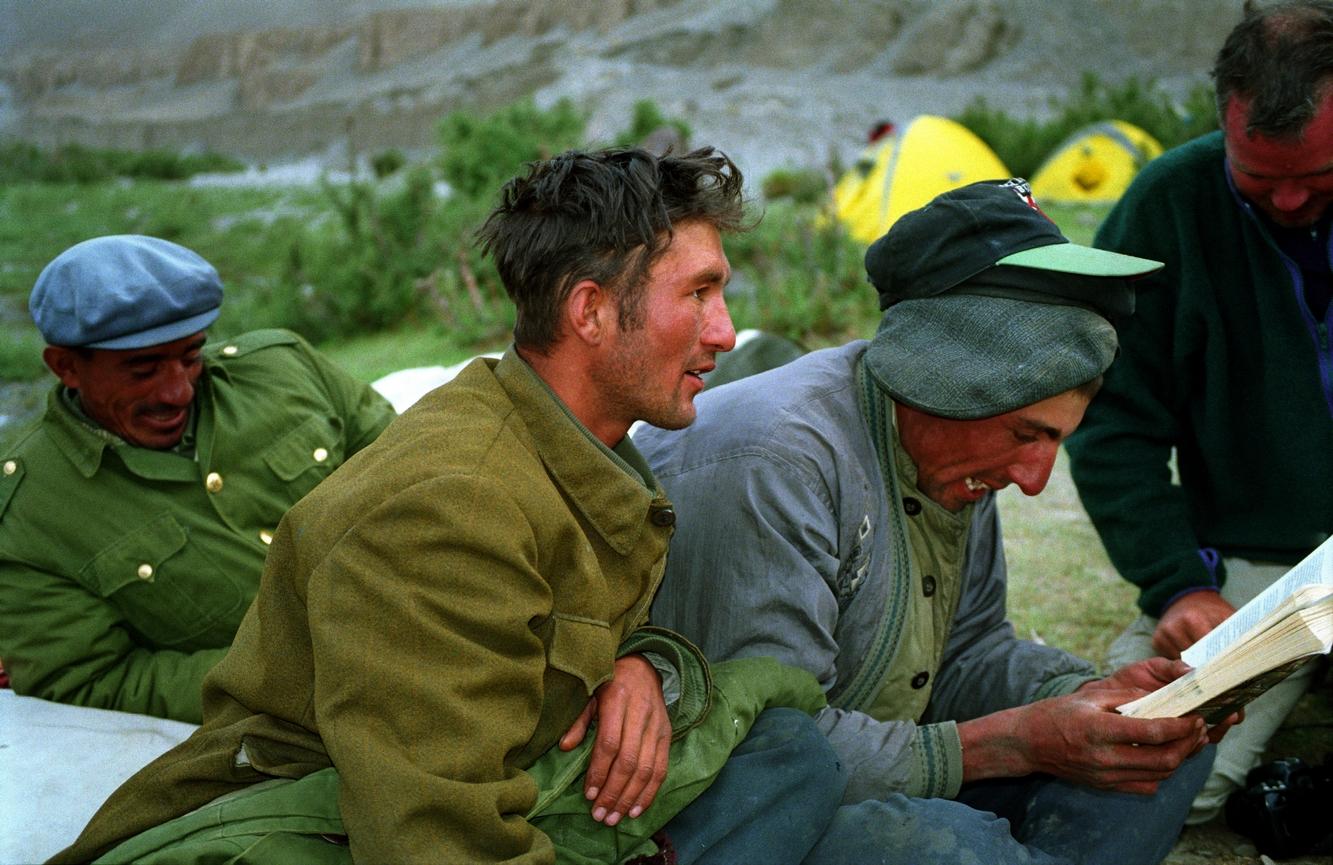 [Image: Uyghur_camel_drivers_in_Xinjiang.jpg]