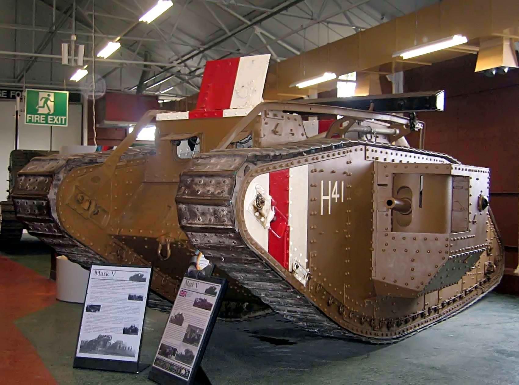 http://upload.wikimedia.org/wikipedia/commons/5/5f/WW1_Tank_Mark_V%2C_Bovington.jpg