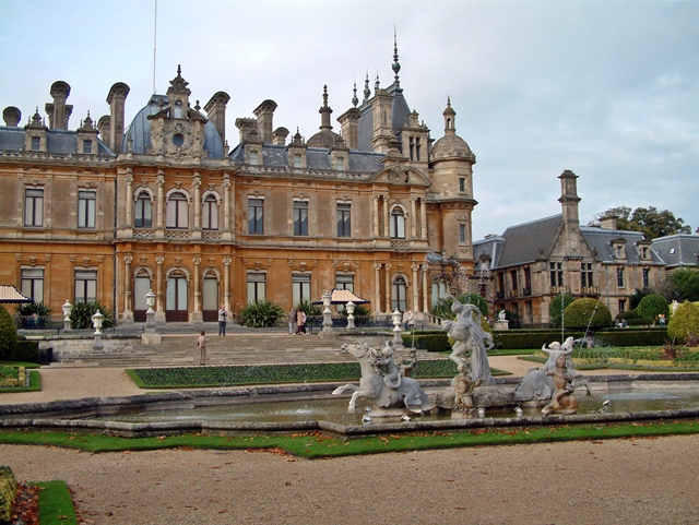 קובץ:Waddesdon Manor - geograph.org.uk - 1062949.jpg
