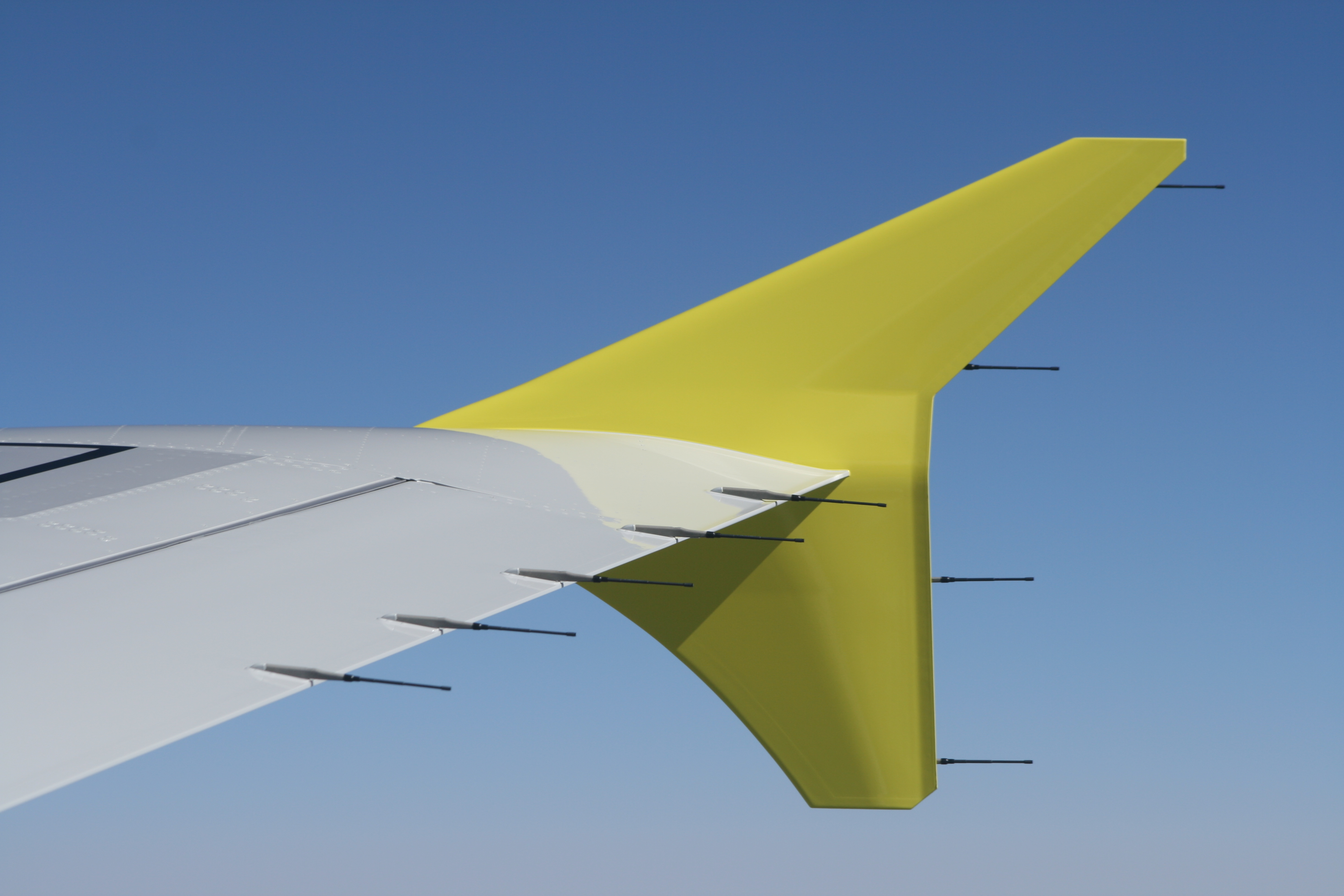 aerodynamic analysis on winglets Commercial aircraft performance improvement using winglets  are shorter than or equivalent to a winglet possessing similar aerodynamic benefits wingtip fences were the  aerodynamic analysis the results obtained were examined and analyzed 4 result and discussion.