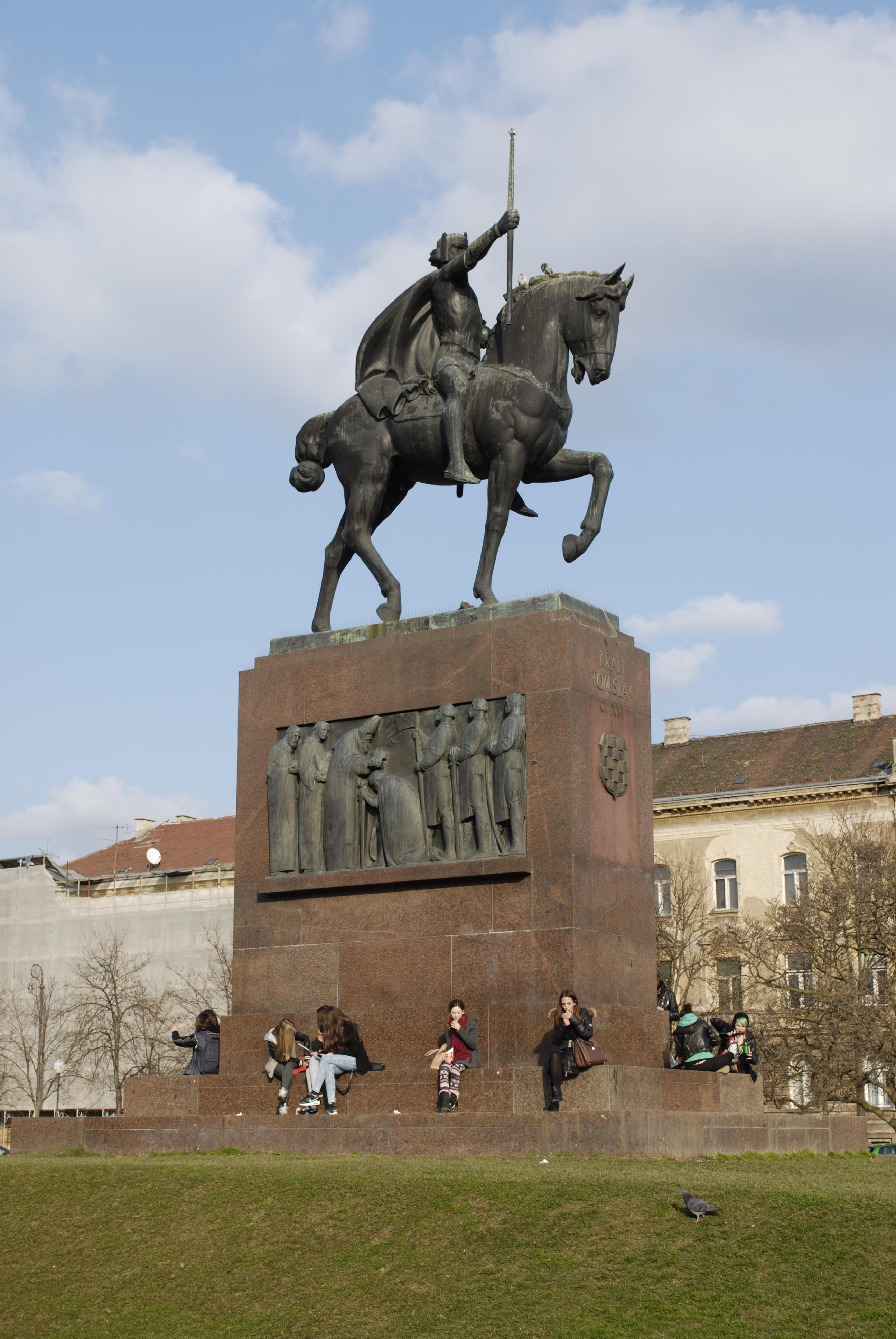 File Z 4073 Spomenik Kralju Tomislavu Zagreb Jpg Wikimedia Commons