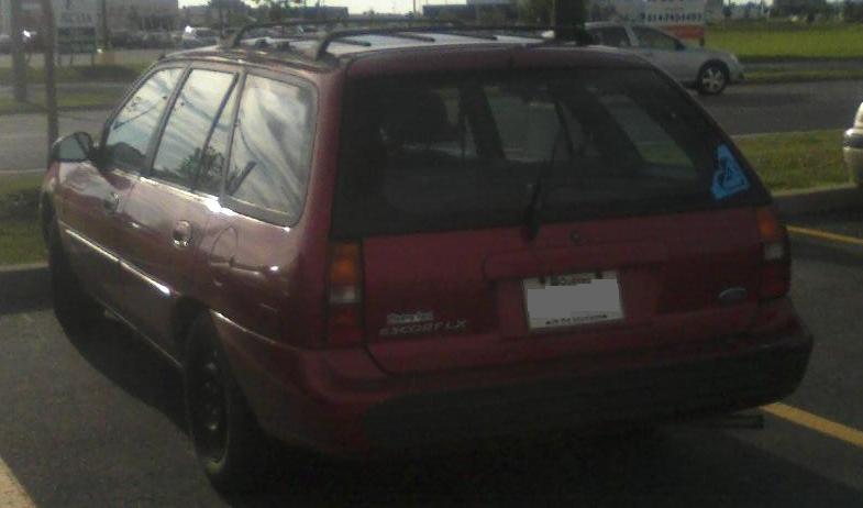 file 97 99 ford escort lx wagon jpg wikimedia commons wikimedia commons