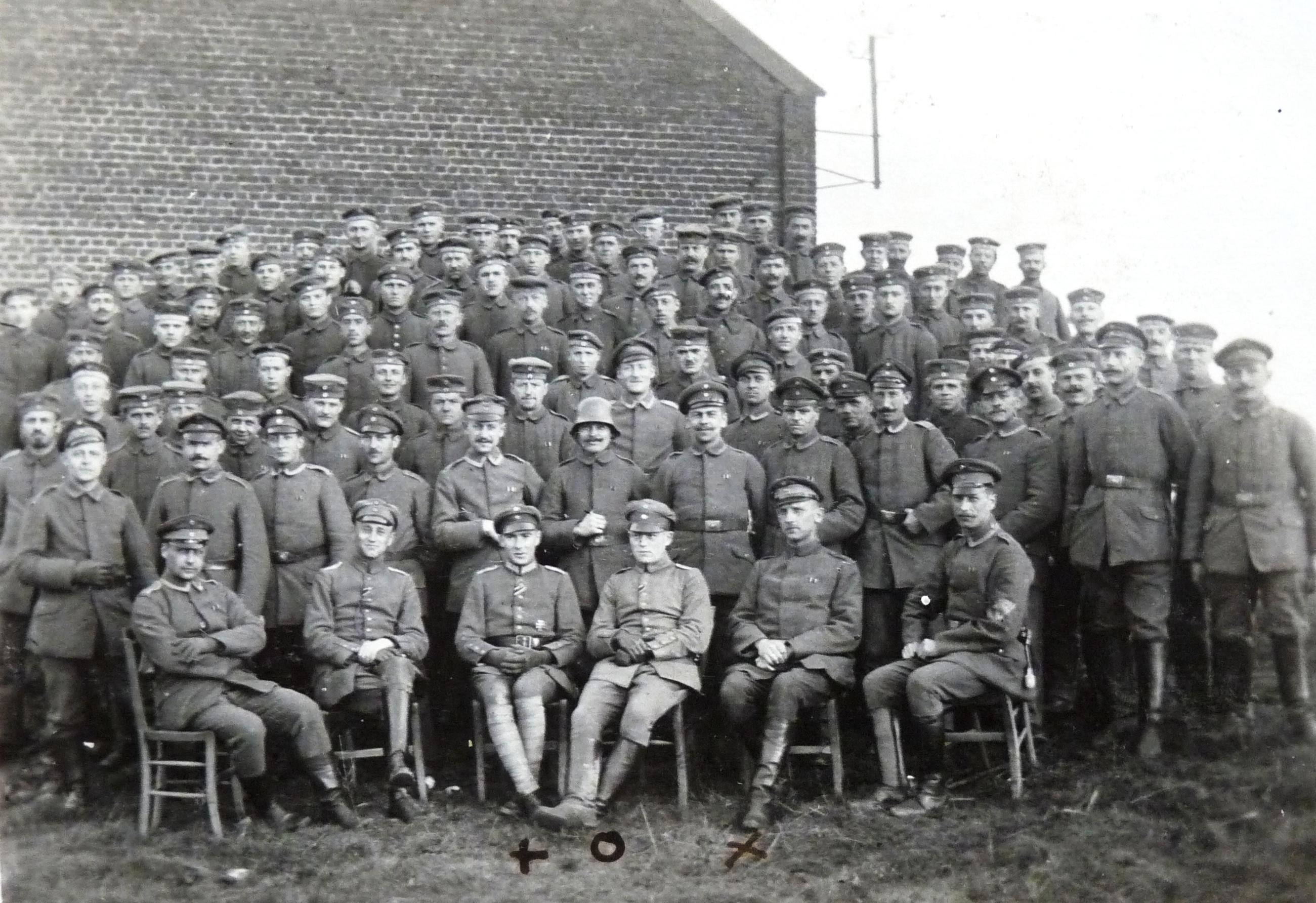 1918_3.MGK_RIR6_Lt.Strauss_Lt.Krummheuer_Off.Stv.Schmitt.JPG