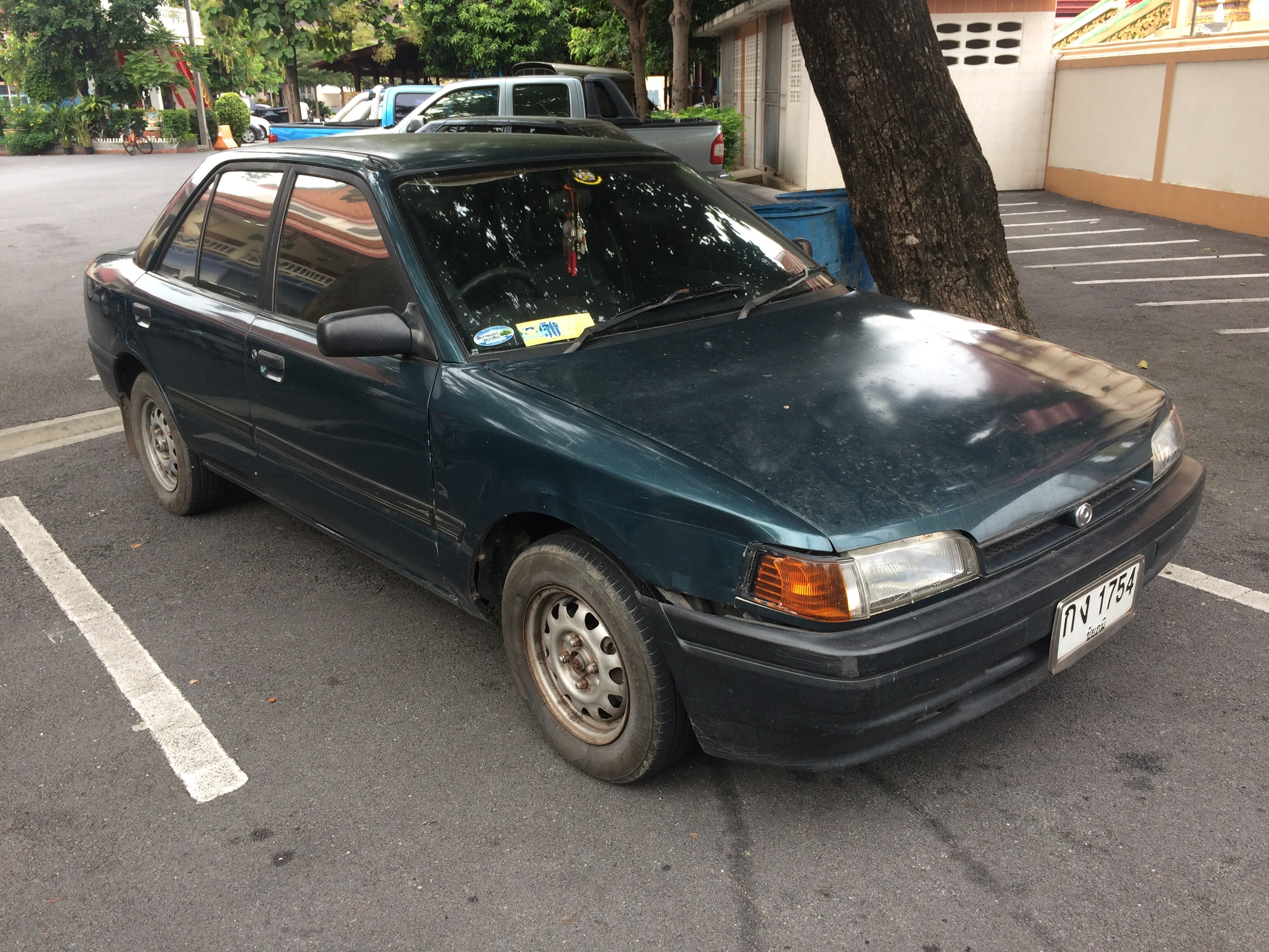 File 1992 1993 Mazda 323 Bg Sedan 13 10 2017 01 Jpg Wikimedia