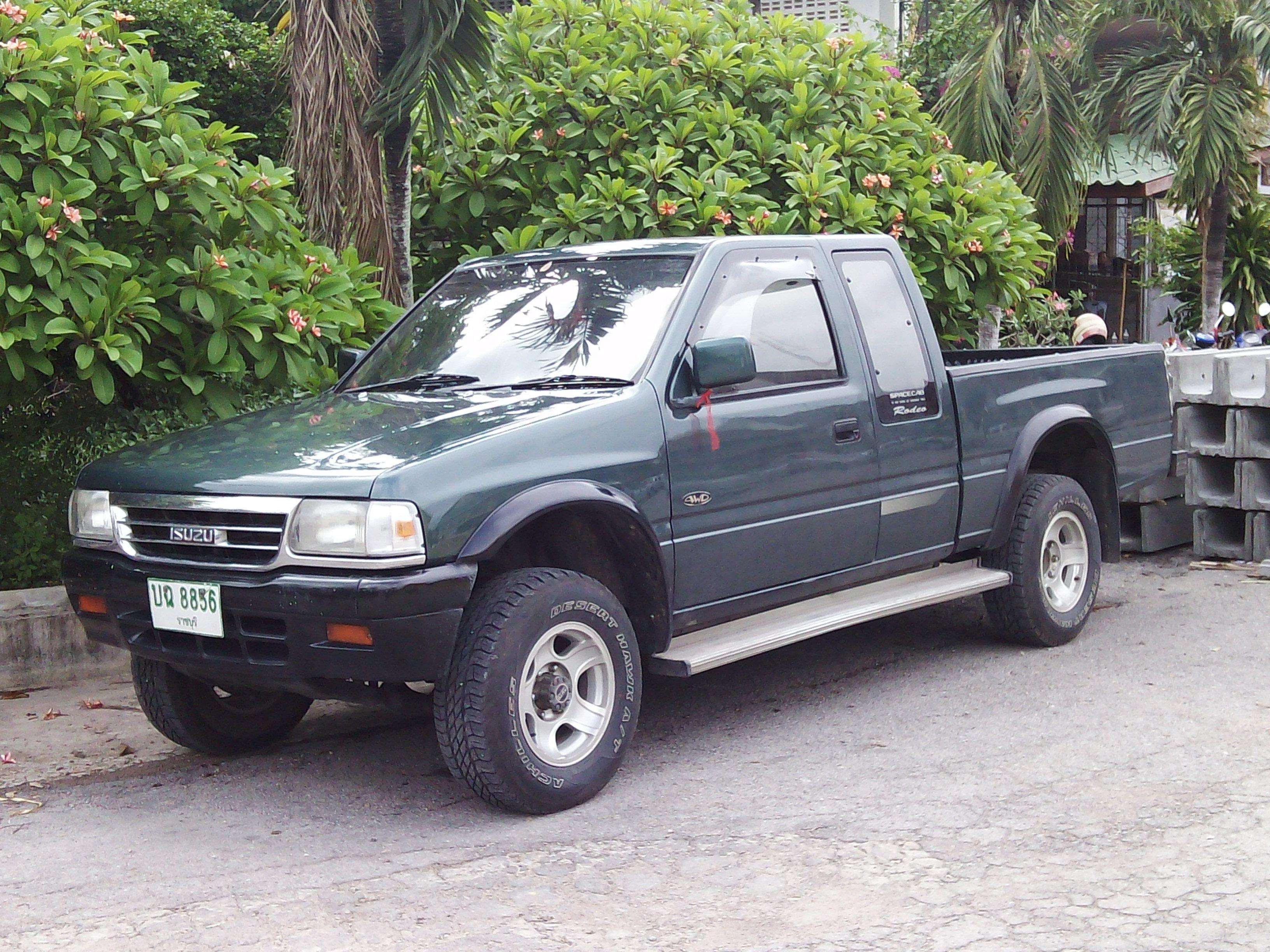 File1995 Isuzu Rodeo 4WD TFR