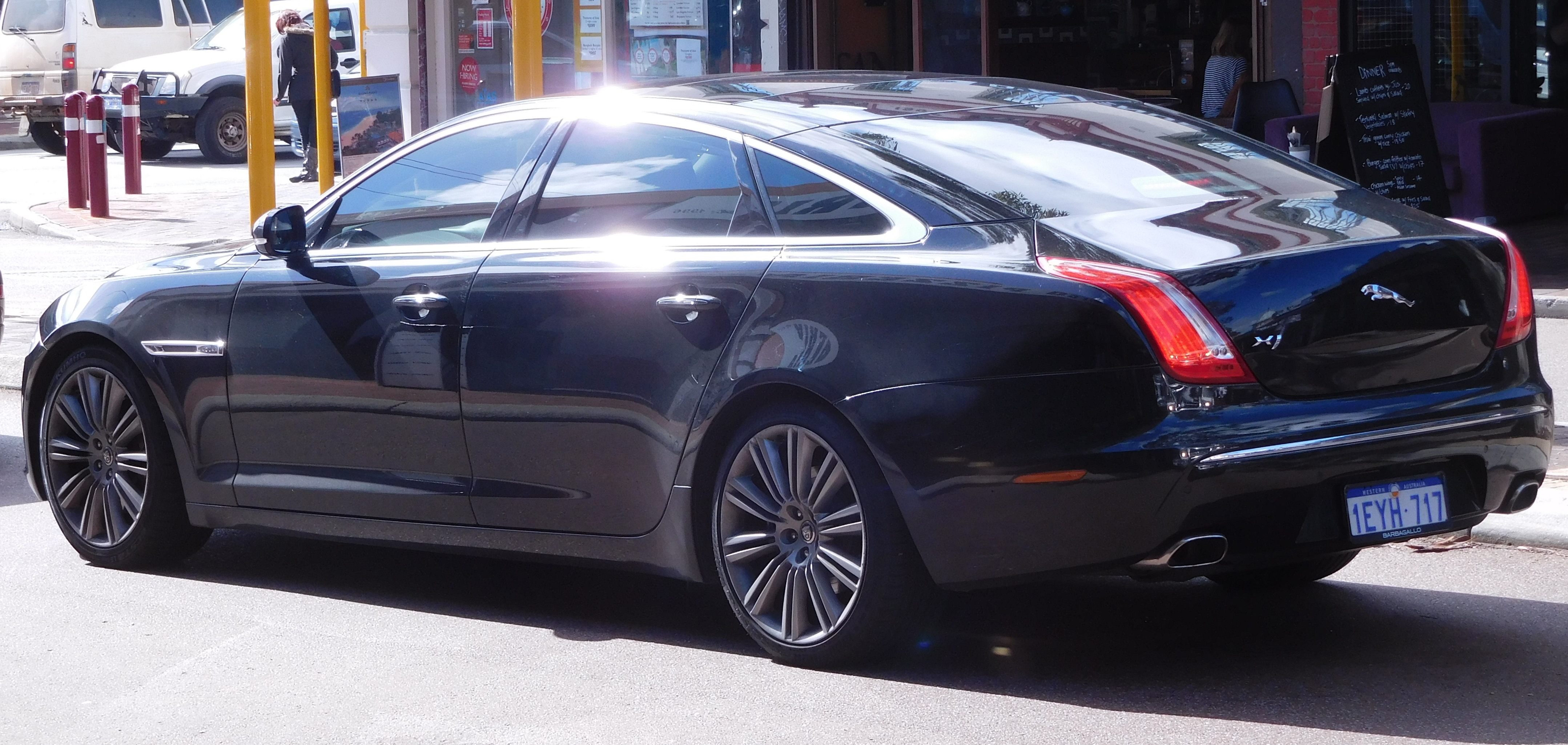 com autoandroad front cad msrp luxury heated xf the car awd jaguar sc for windscreen is