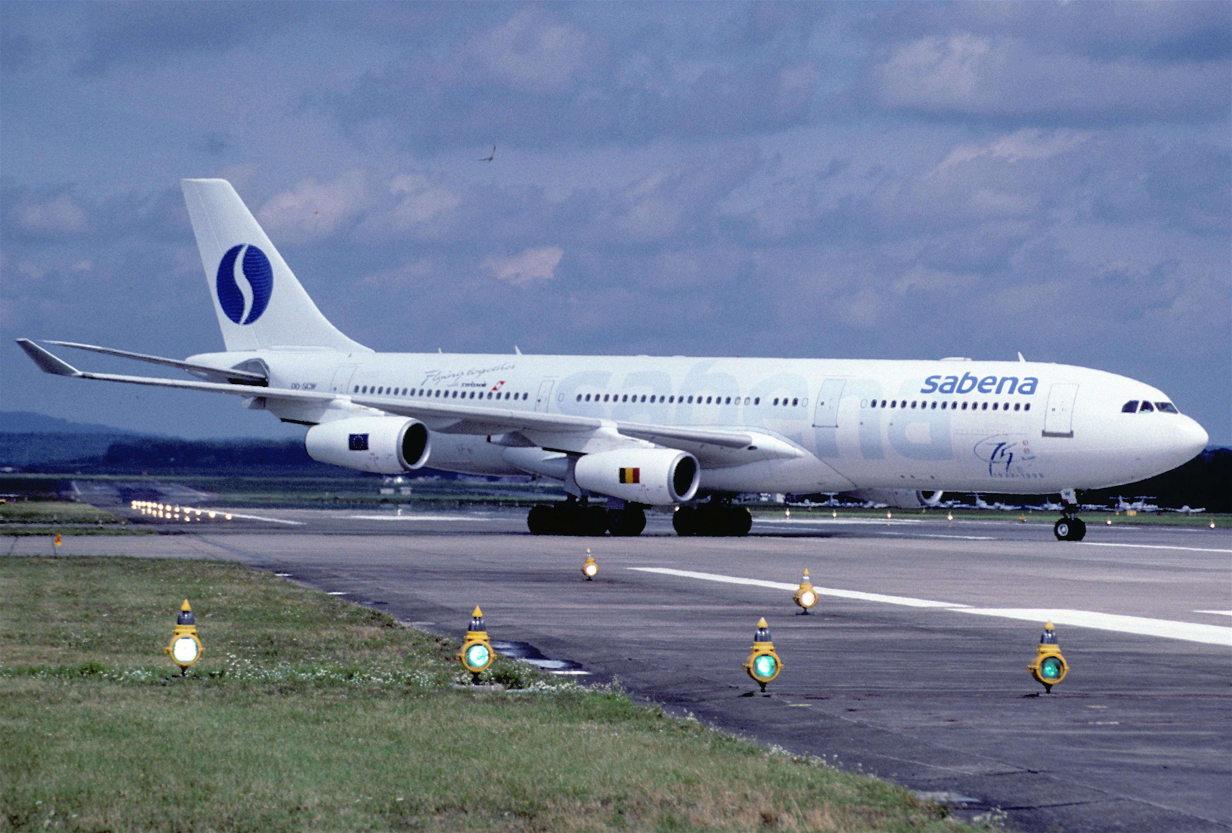 File:38bf - Sabena Airbus A340-211; OO-SCW@ZRH;23.08.1998 ...