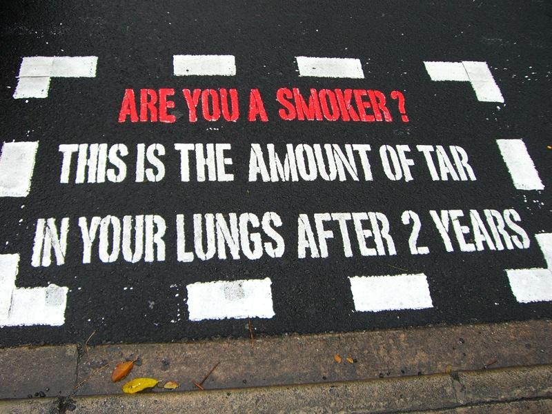 File:AntismokingMessage-PedestrianCrossing-Singapore-20050904.jpg