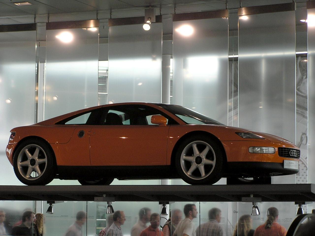 File:Audi Quattro Spyder.JPG - Wikimedia Commons