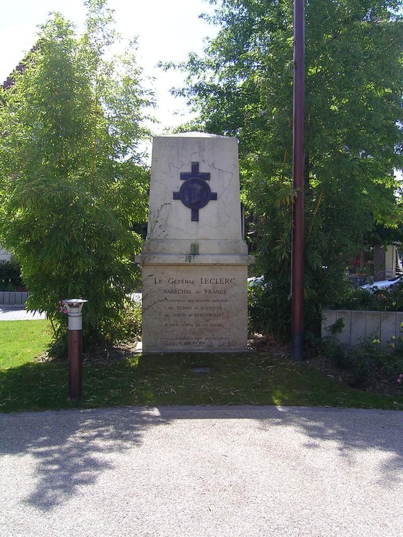 FichierAulnaysousBois  Monument Général Leclercjpg  ~ Leclerc Drive Aulnay Sous Bois