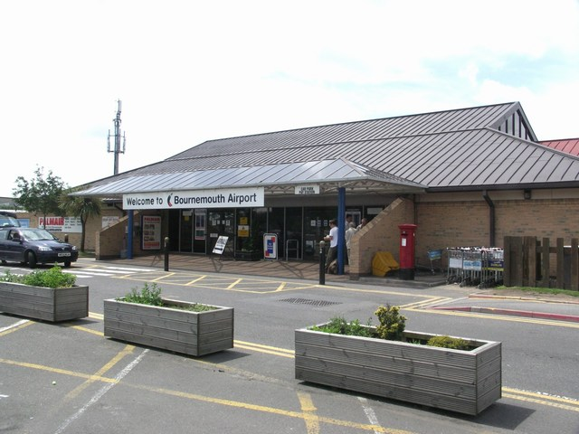Bournemouth_Airport_entrance_geograph.org.uk_479421_24882208-by-Mike-Smith.jpg