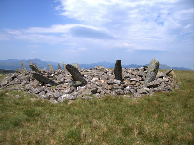 Bryn Cader Faner stone circle - geograph.org.uk - 185580