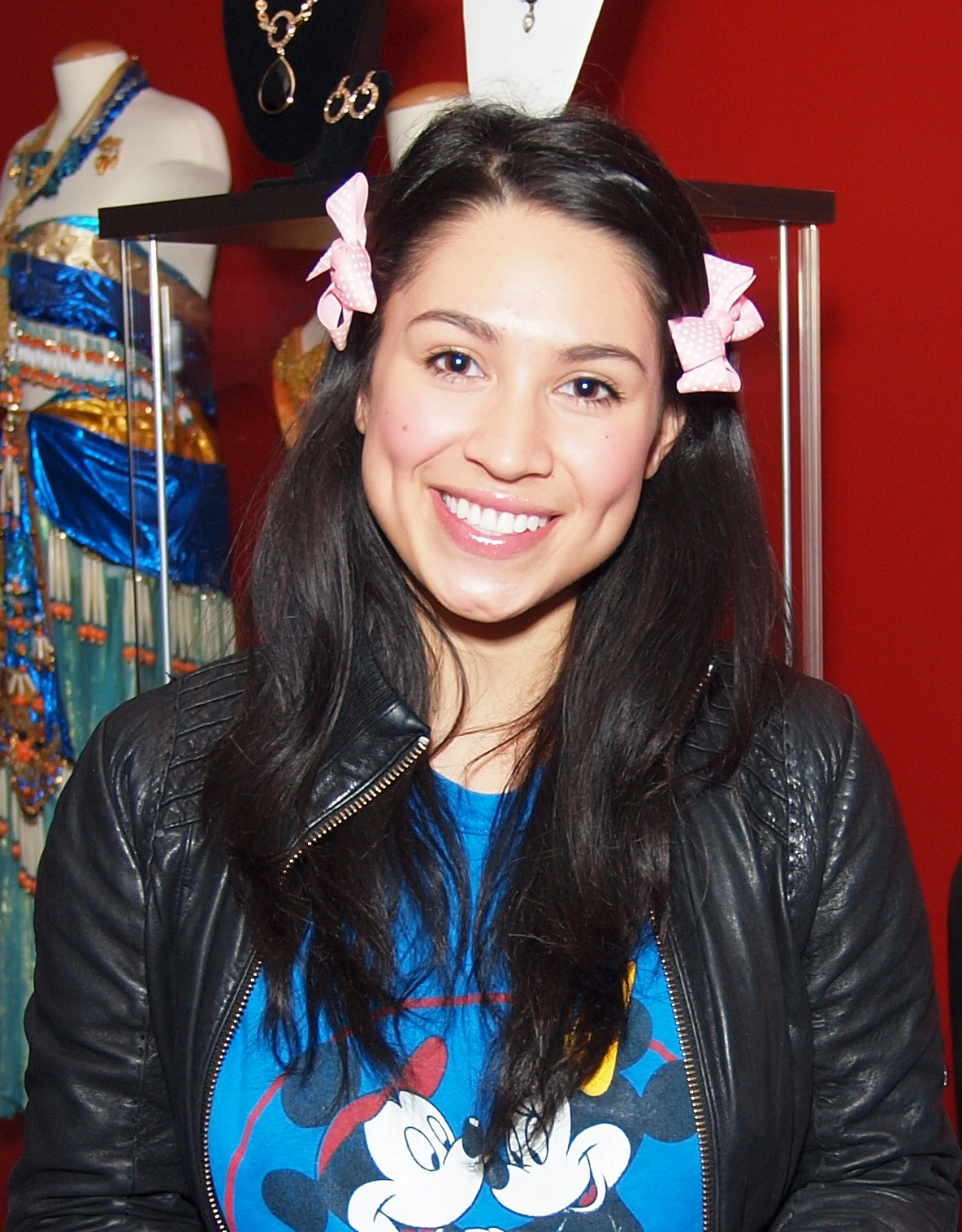 Watch Cassie Steele video
