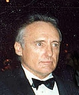 Afbeelding:Dennis Hopper at the 62nd Academy Awards cropped and altered.jpg