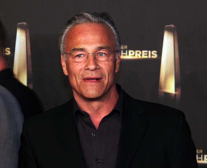File:Deutscher Fernsehpreis 2012 - Klaus J. Behrendt.jpg