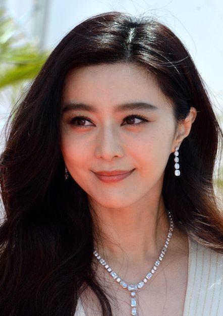 Wu Yue Yu Zhong Hua Xia Ji