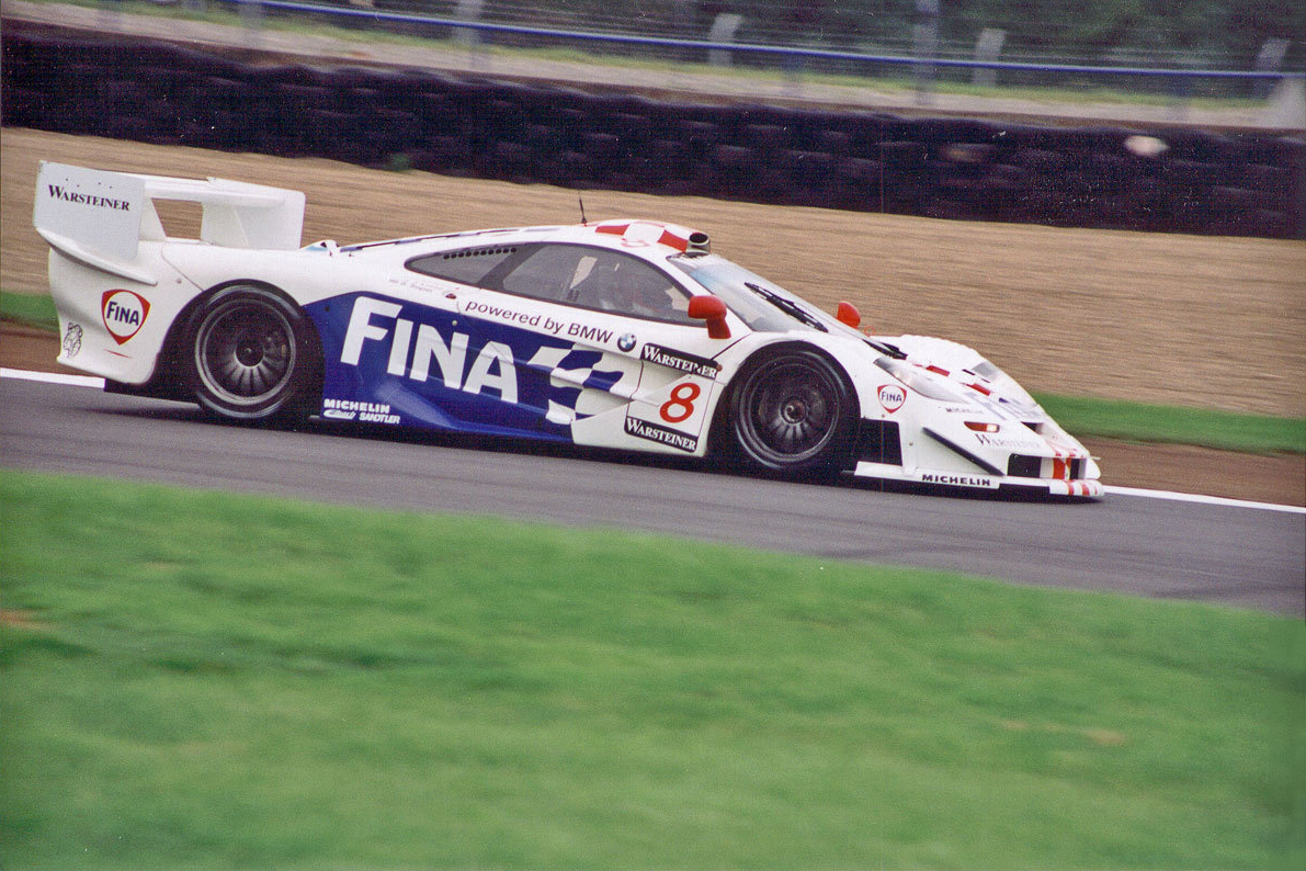 Description Fina McLaren F1 GTR.jpg