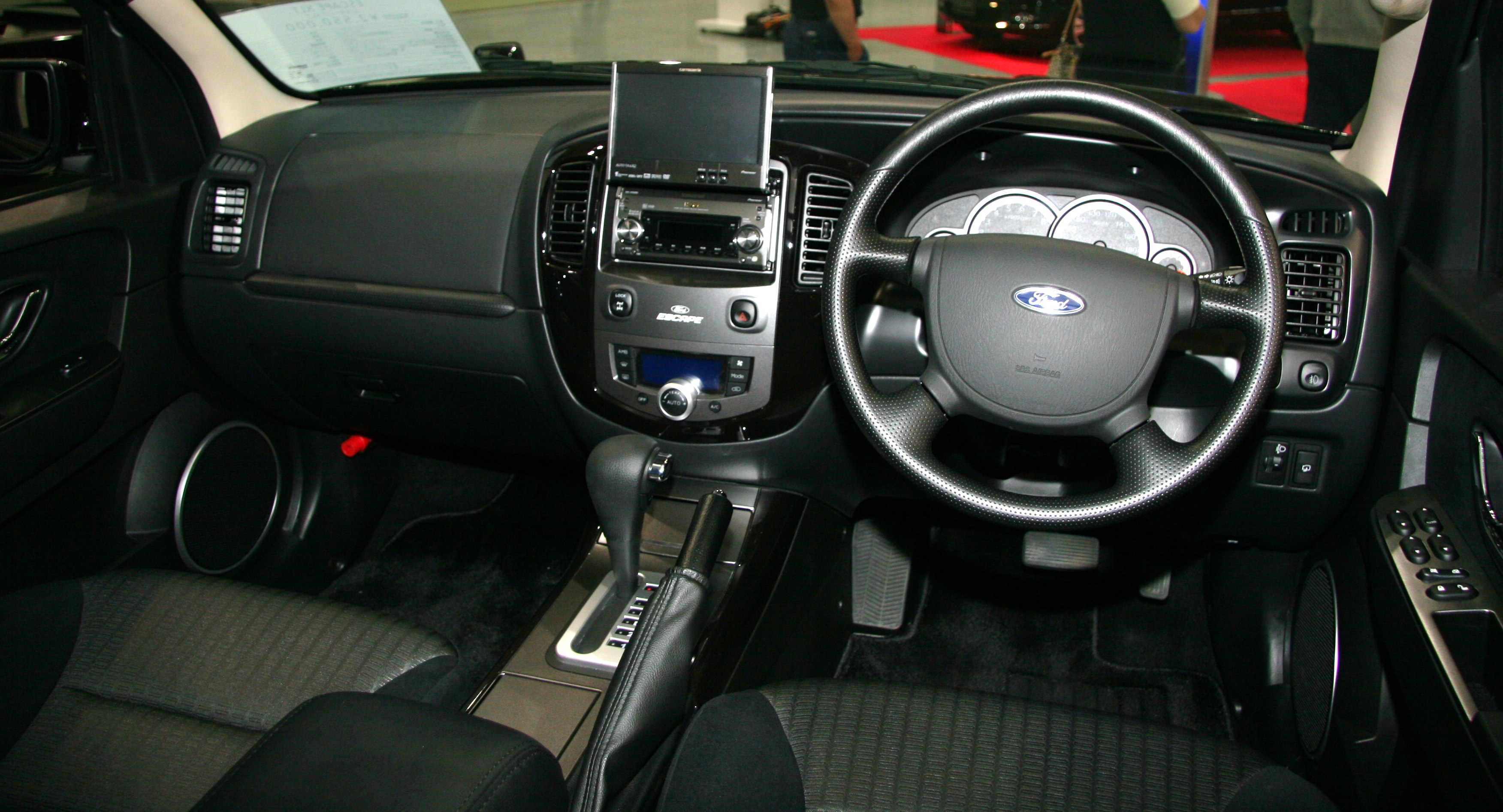 2012 ford escape xlt interior images. Black Bedroom Furniture Sets. Home Design Ideas
