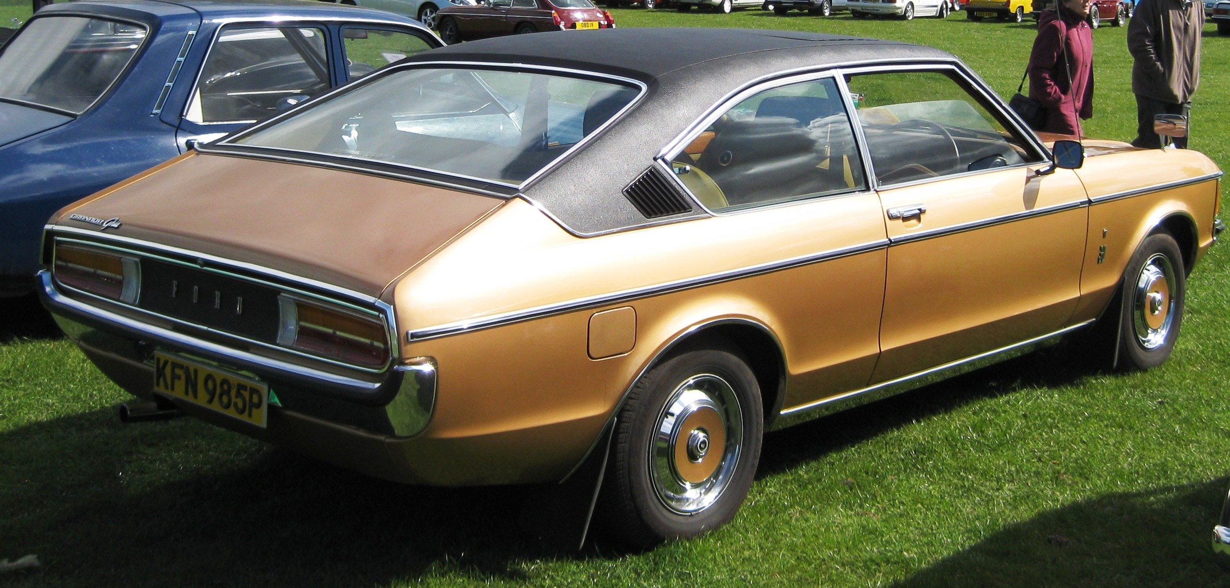 File:Ford Granada Coupe second shape Jan 76 reg 3000 cc ...