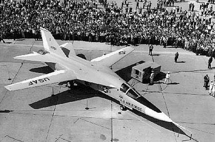 F 111 (航空機)の画像 p1_10