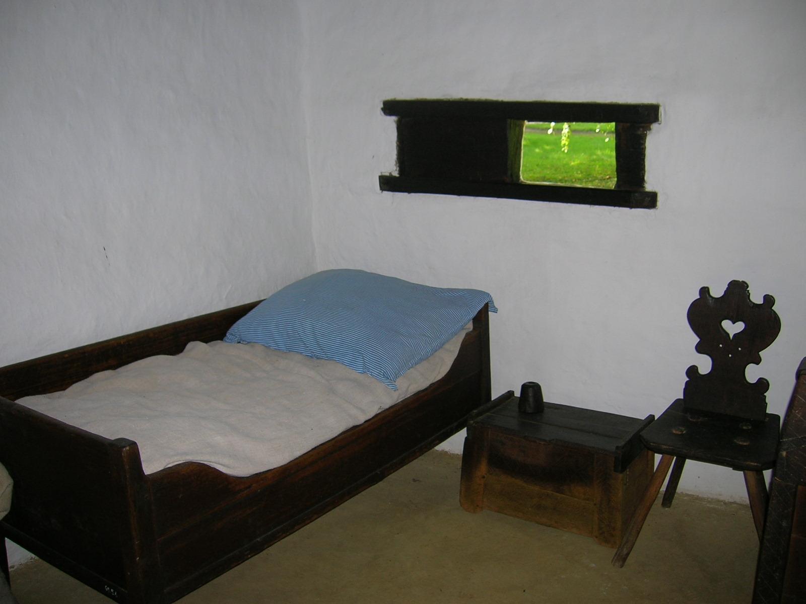 File Gocsej Village House 3