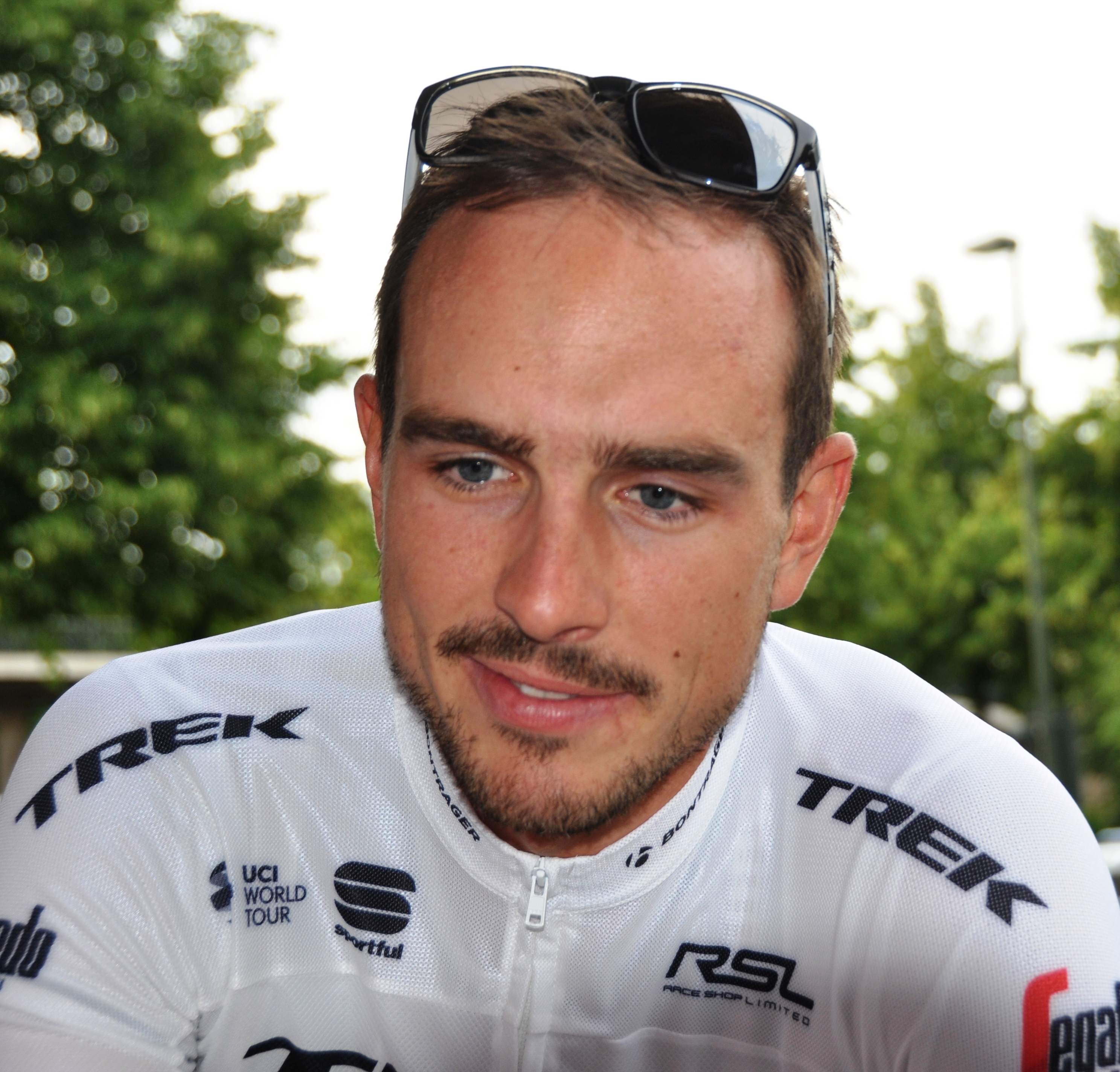 The 29-year old son of father Frank Degenkolb and mother(?) John Degenkolb in 2018 photo. John Degenkolb earned a  million dollar salary - leaving the net worth at 0.3 million in 2018