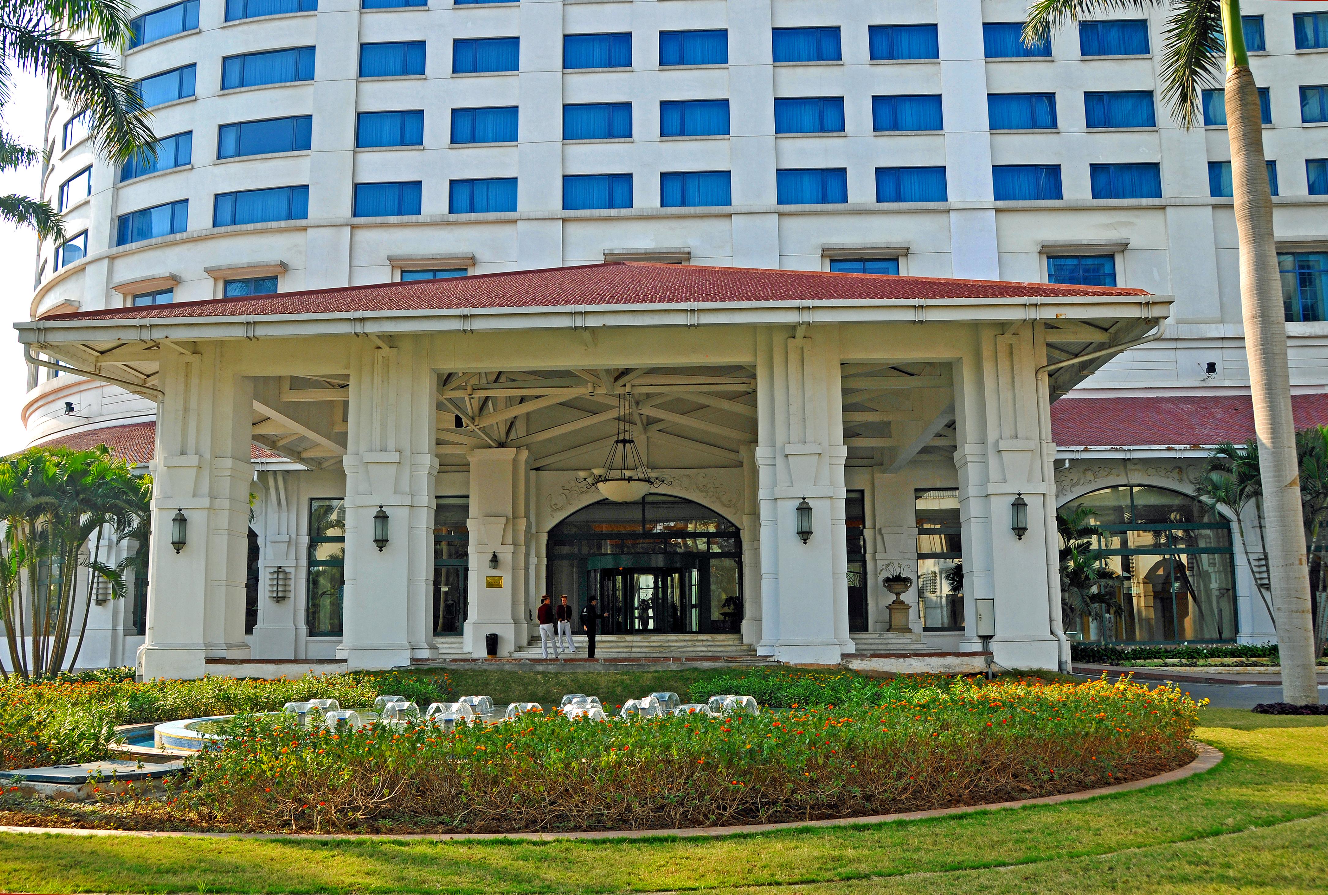 File:Hanoi Daewoo Hotel 2.jpg - Wikimedia Commons