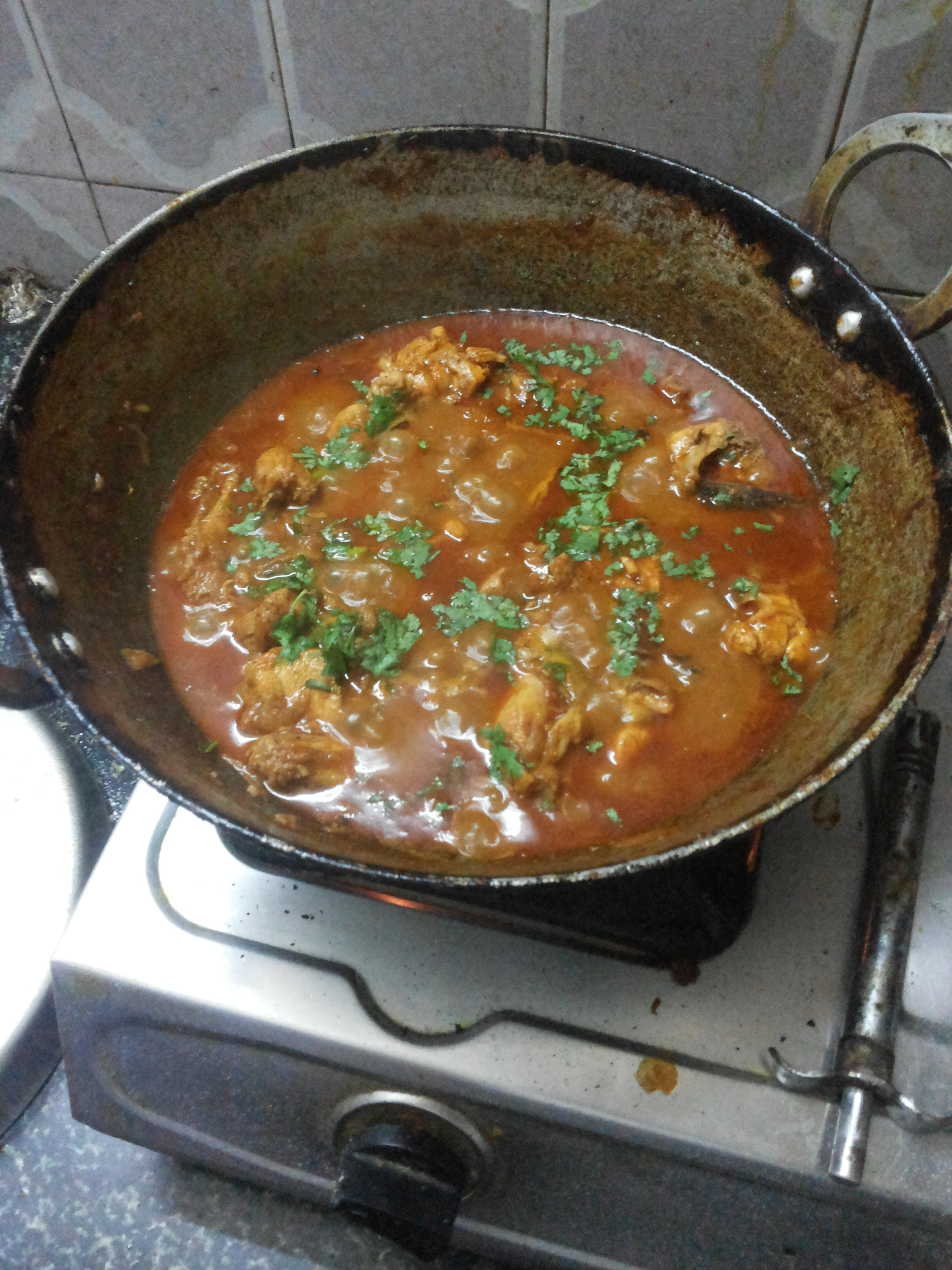 Filehome cooked chicken curryg wikimedia commons filehome cooked chicken curryg ccuart Images
