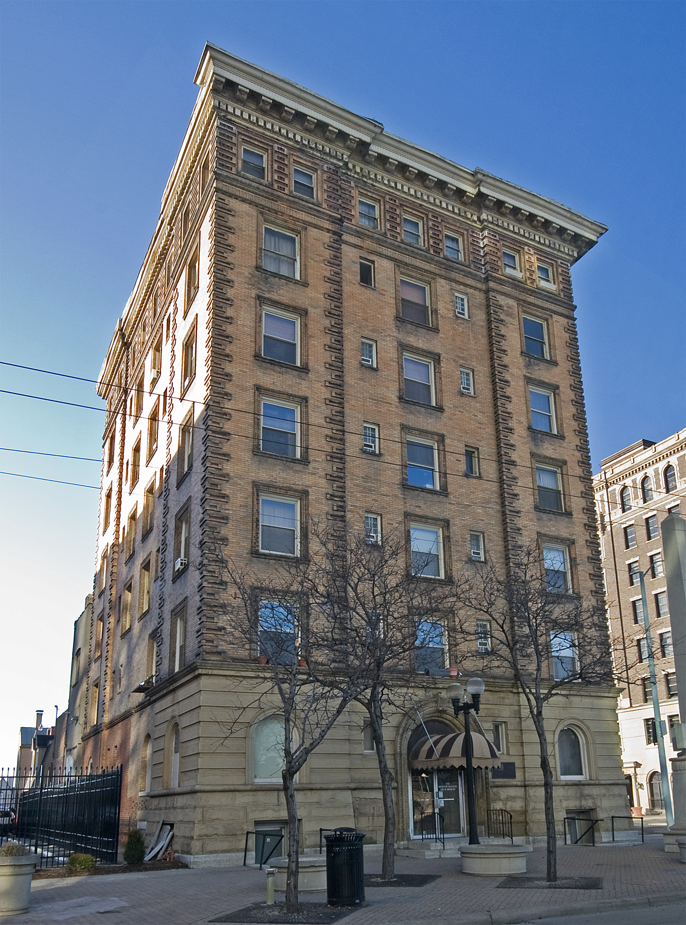 Insco Apartments Building - Wikipedia