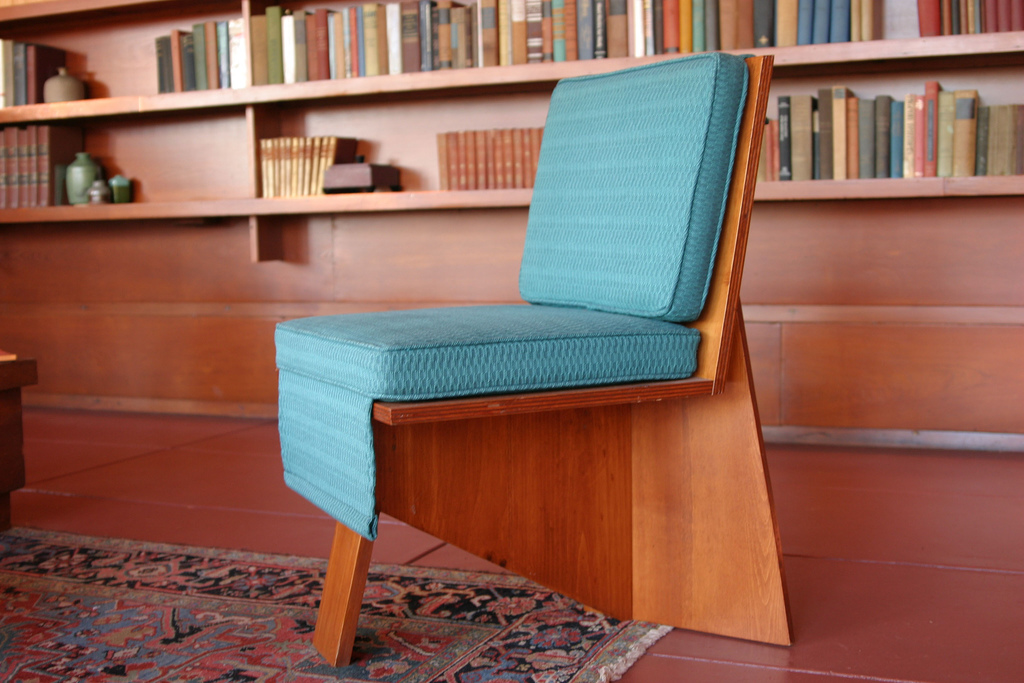 File Interior Living Area Frank Lloyd Wright Chair Jpg