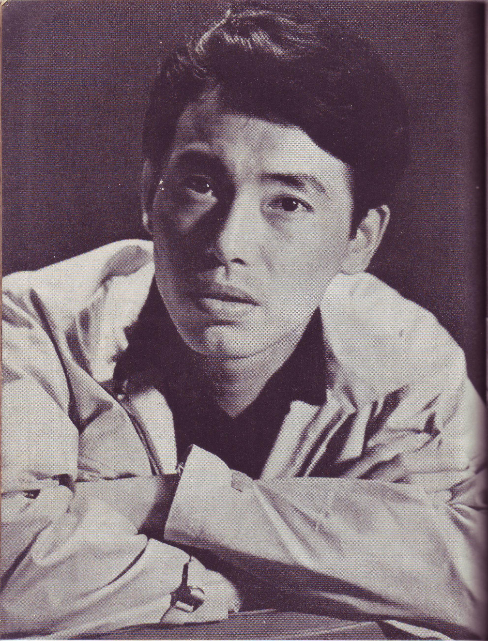 Isao Kimura as Yusa in ''[[Stray Dog (film)|Stray Dog]]''