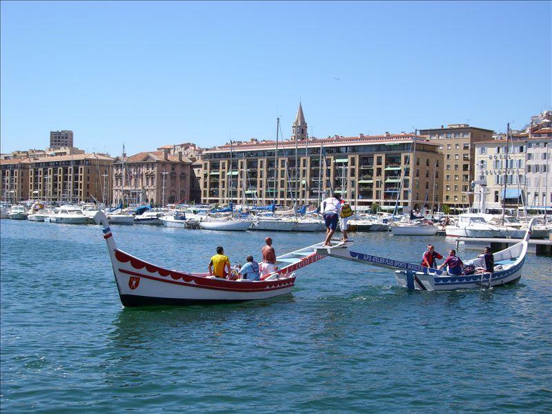 Fichier:Joutes Vieux-Port.jpg