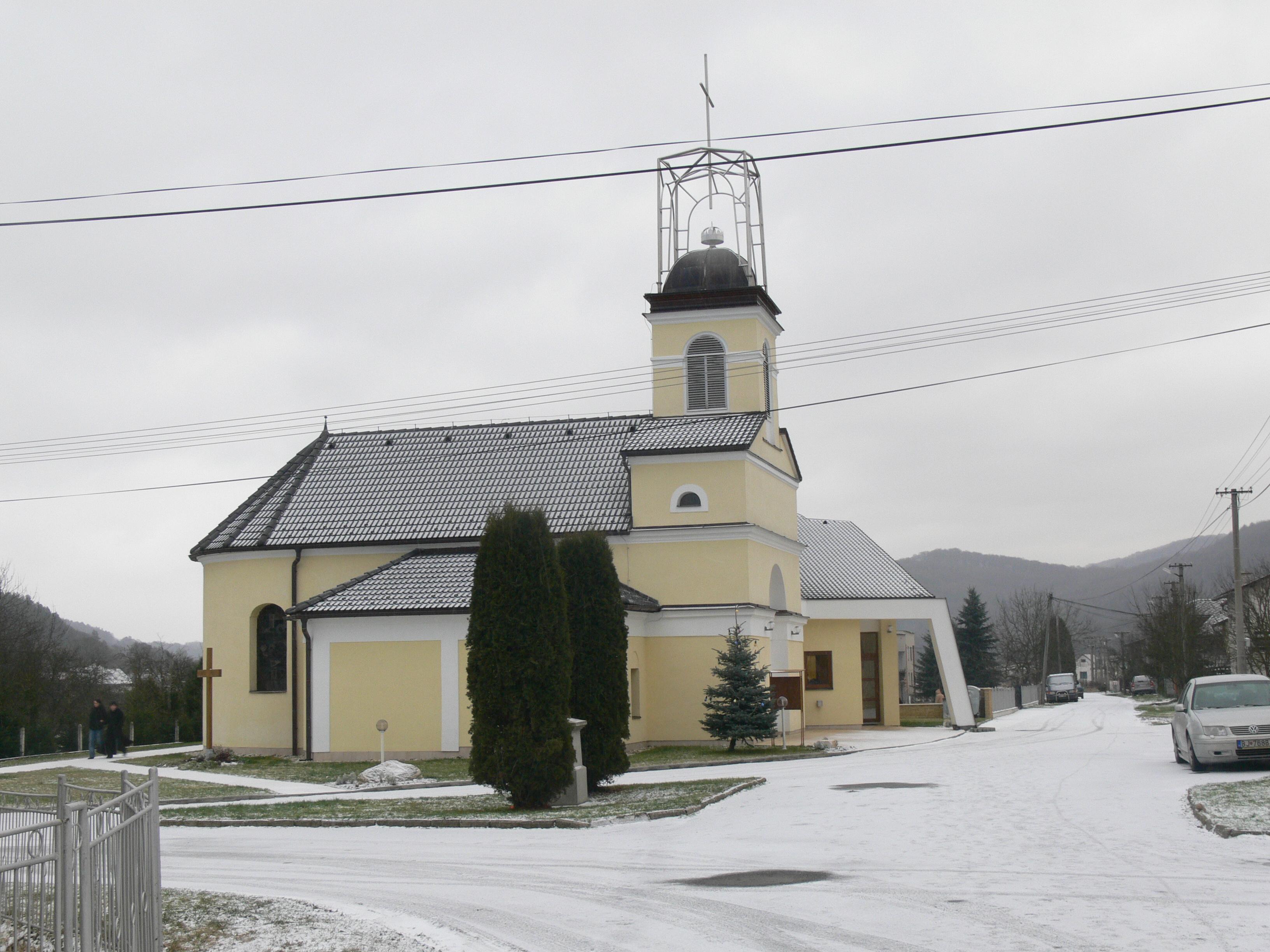 Komárov (district de Bardejov)