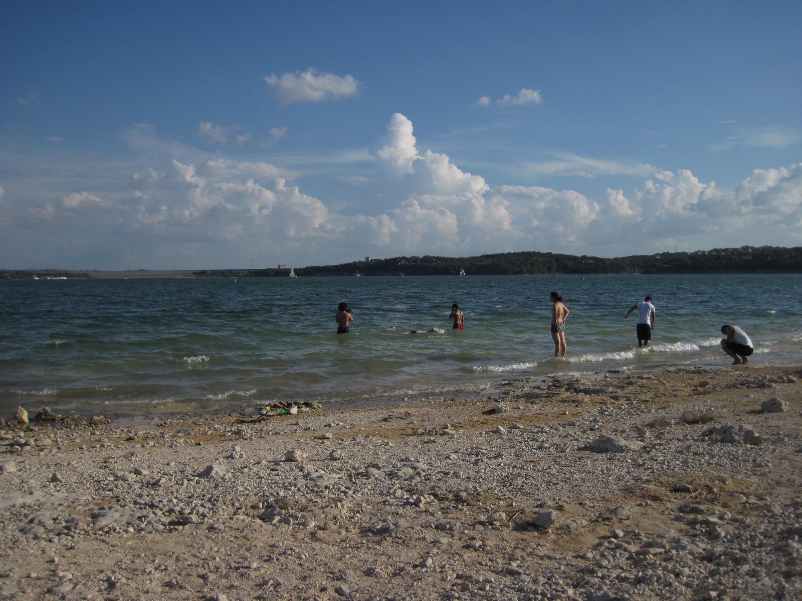 File:Lake Travis Beach, Texas..JPG - Wikimedia Commons