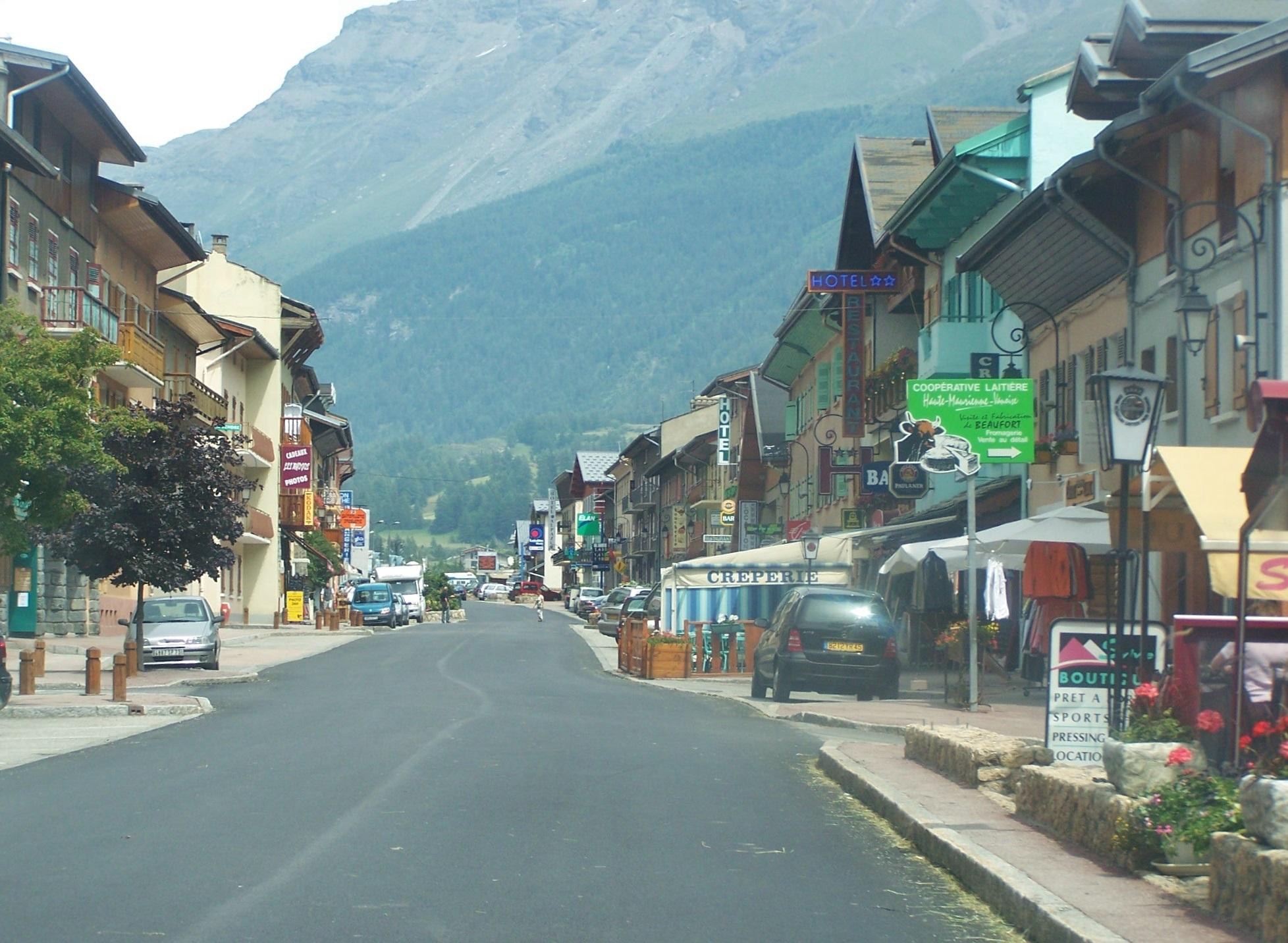 Lanslebourg France  city photos : Lanslebourg Wikimedia Commons