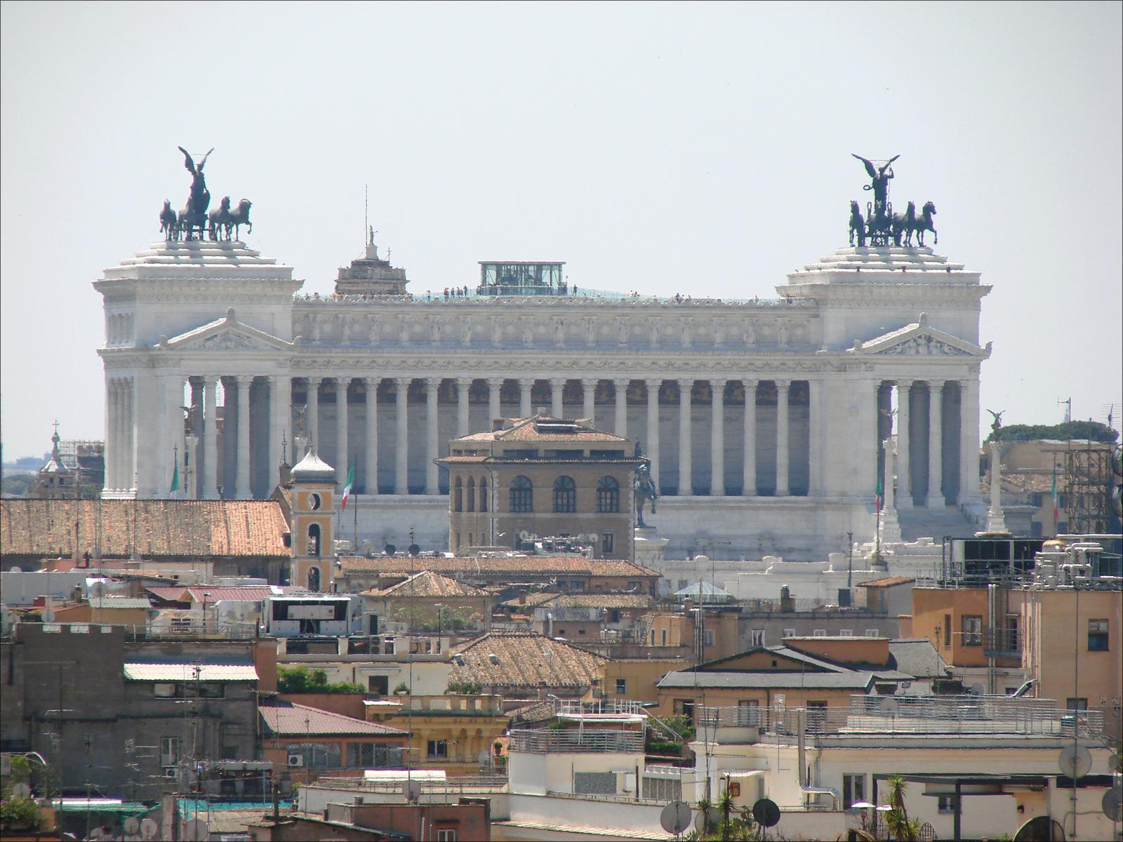File le vittoriano vu depuis la villa m dicis rome 5841815046 jpg wikimedia commons - Villa medicis rome chambres ...