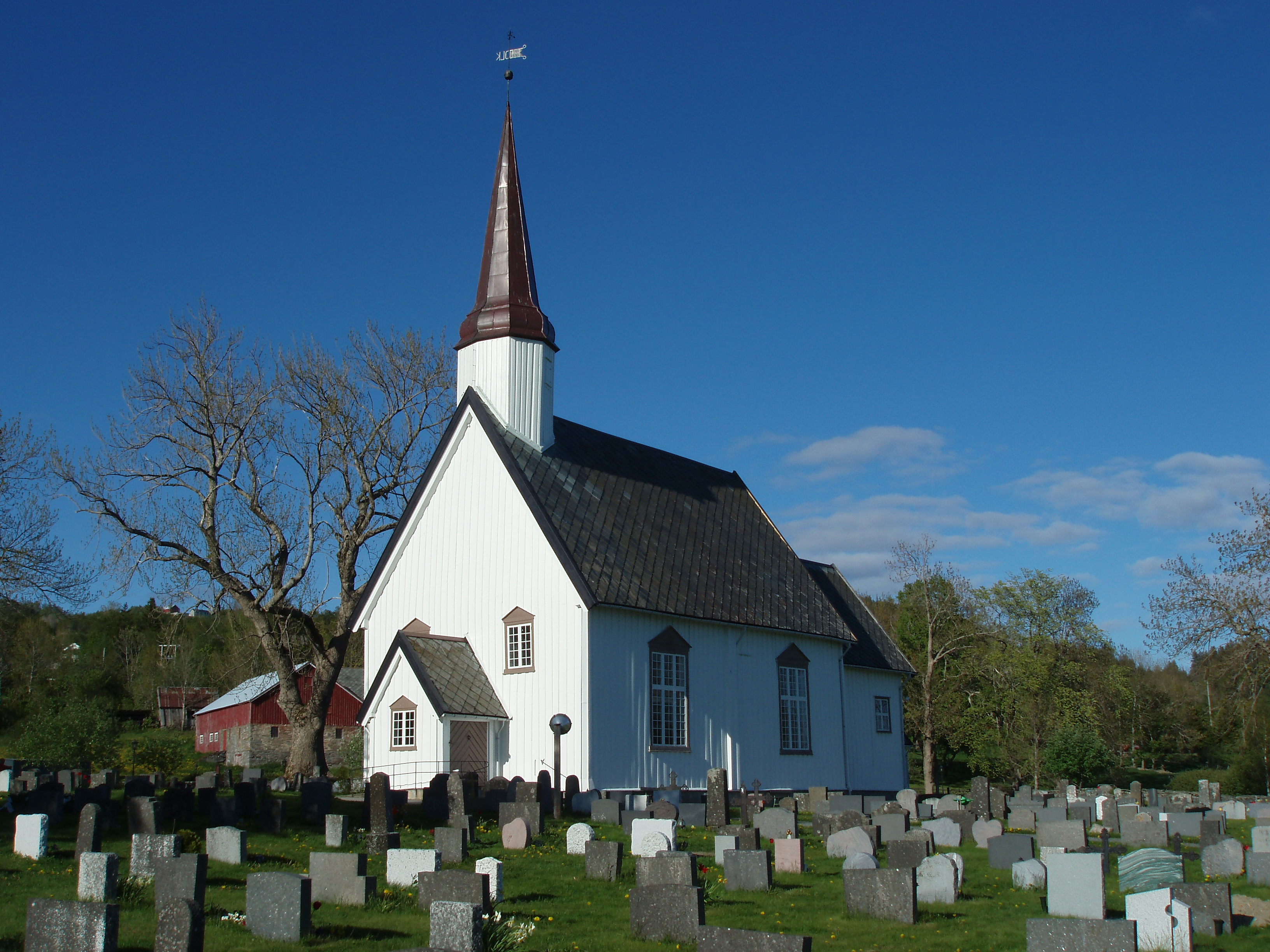 File:Leksvik-church-Norway.jpg - Wikimedia Commons