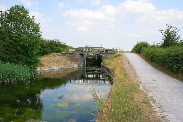 Lock 6 on the Grantham Canal - geograph.org.uk - 195901