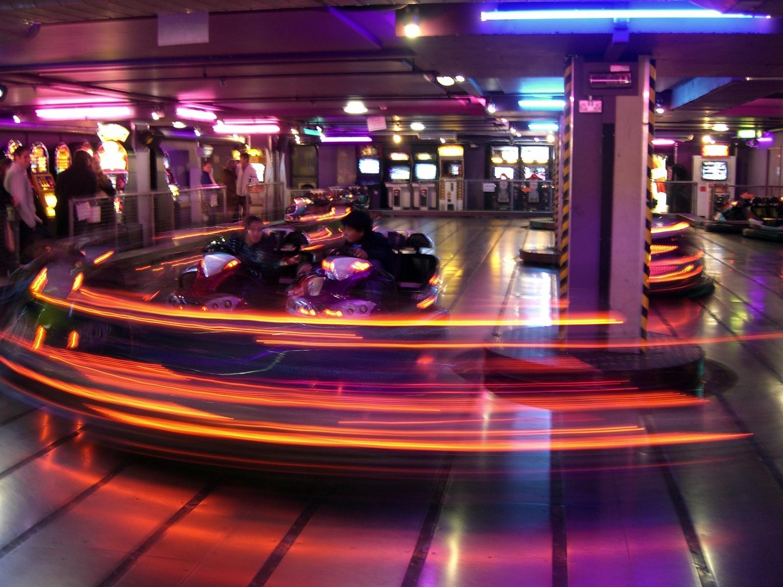 Bumper Car Images >> File:London Trocadero bumper cars.jpg - Wikimedia Commons