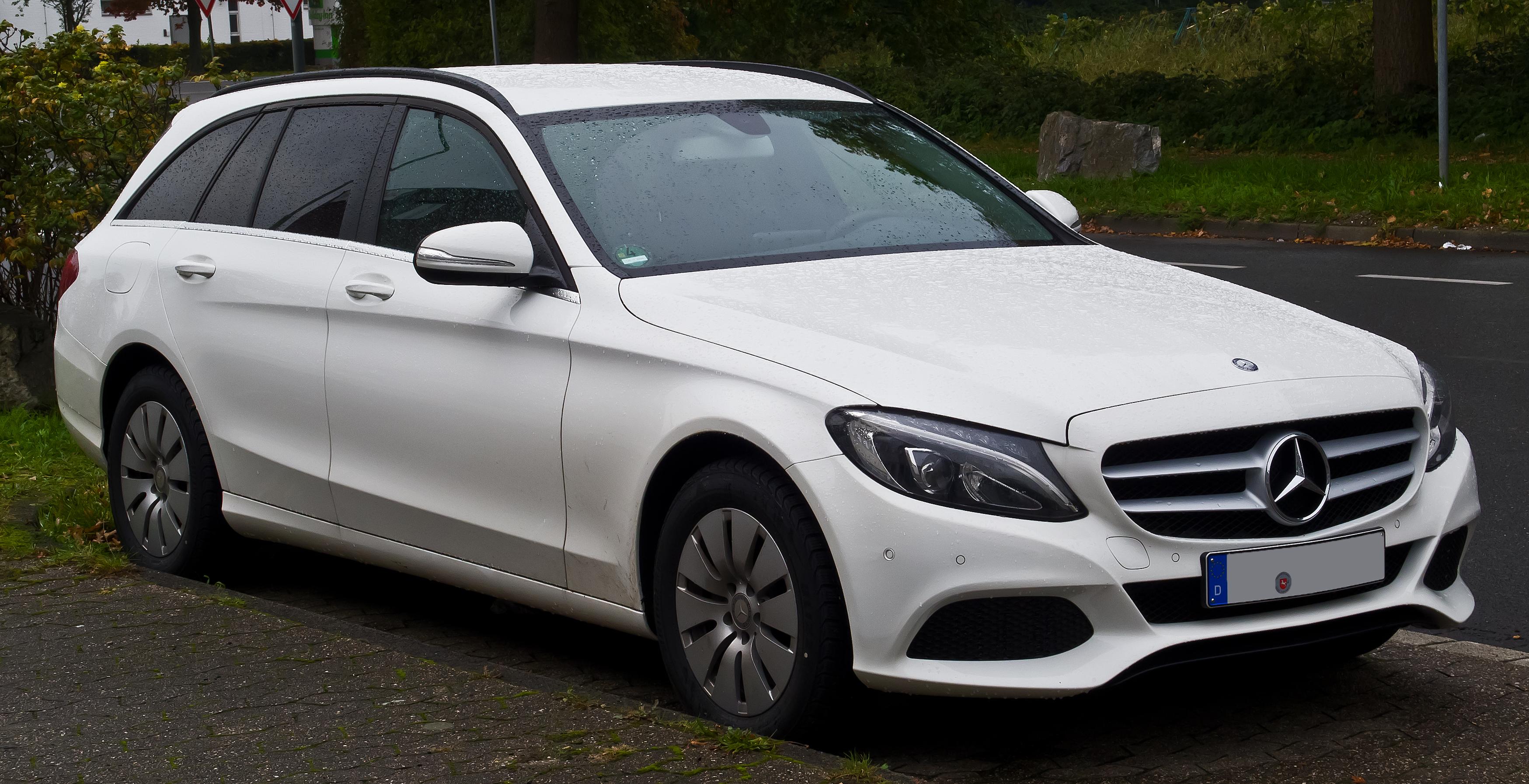 File:Mercedes-Benz C 200 d T-Modell (S 205) - Frontansicht ...