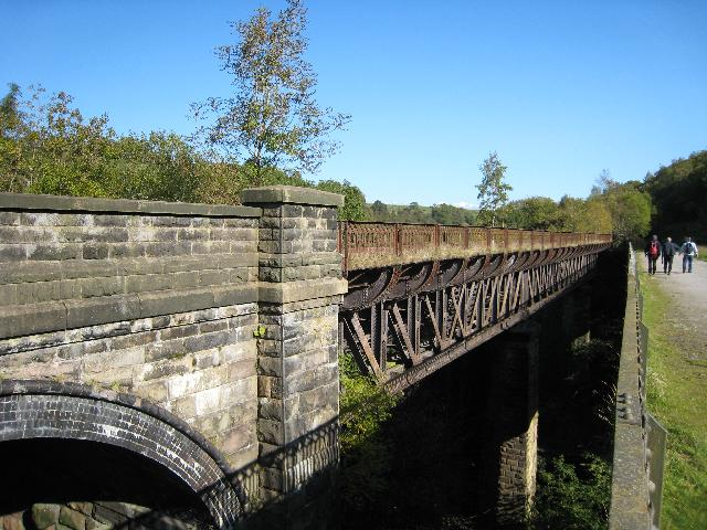 Miller's Dale viaducts - geograph.org.uk - 1081580
