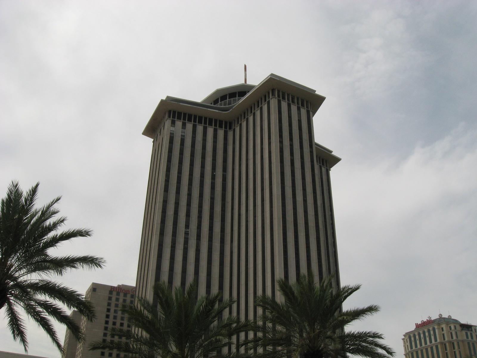 file new orleans world trade center jpg wikimedia commons