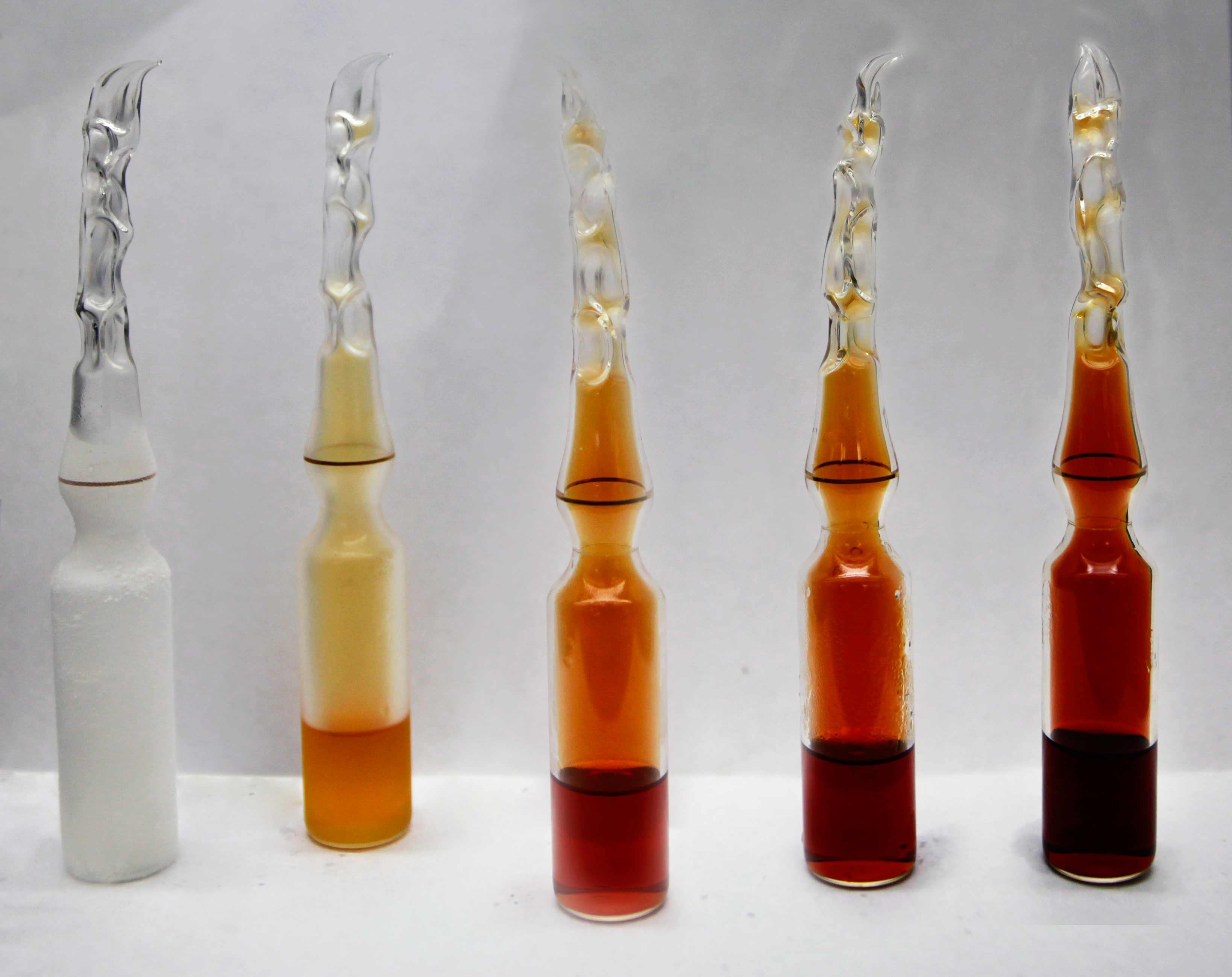 Dinitrogen tetroxide - Wikipedia