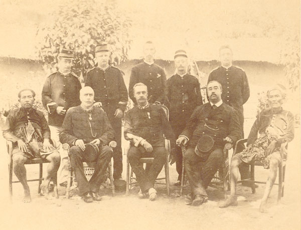 Officers_of_the_Lombok_expedition_in_189