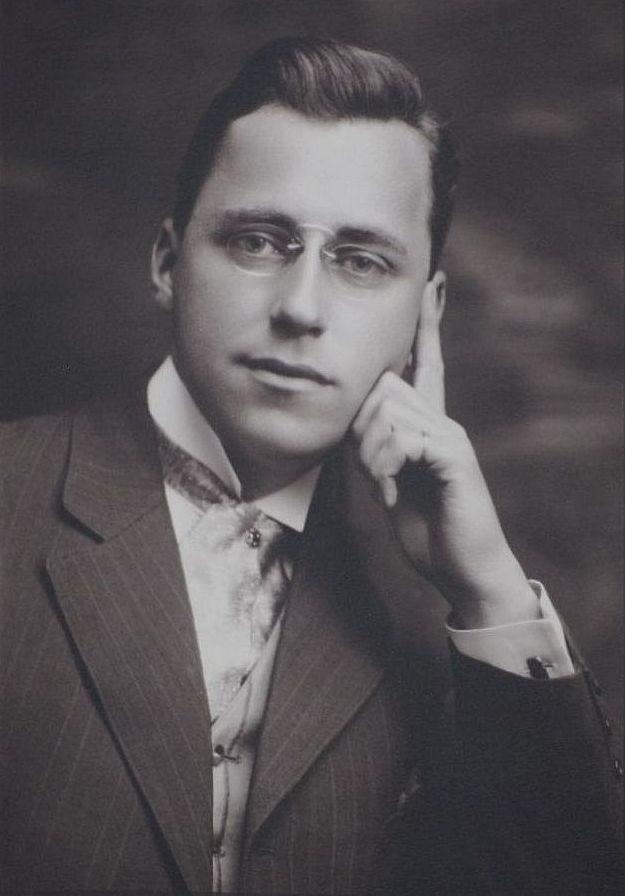 Paul Martin (illustrator) - Wikipedia