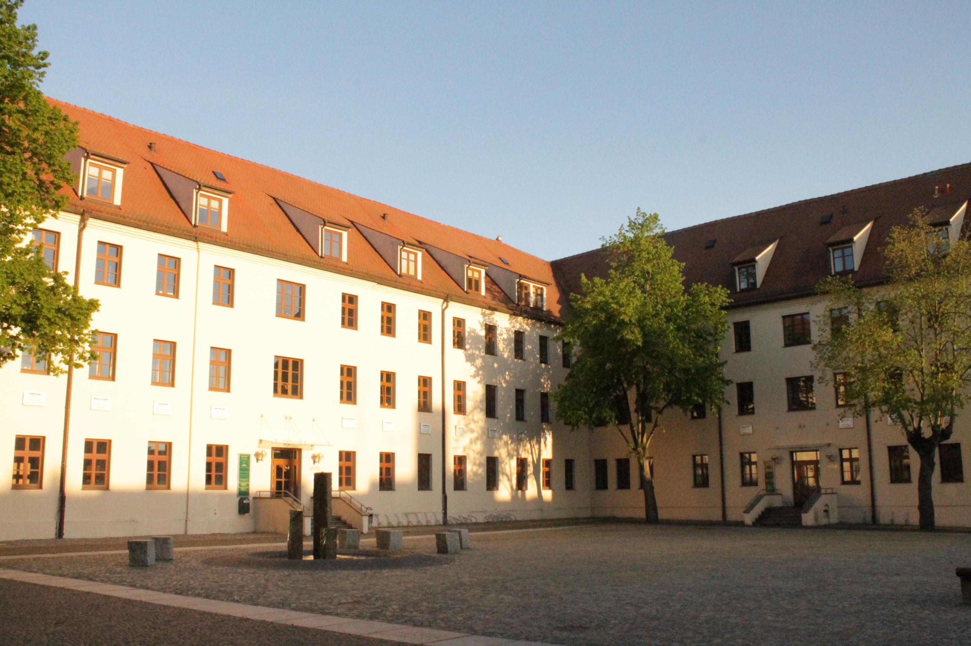File:Quadrangle, Wittenberg University, Germany jpg