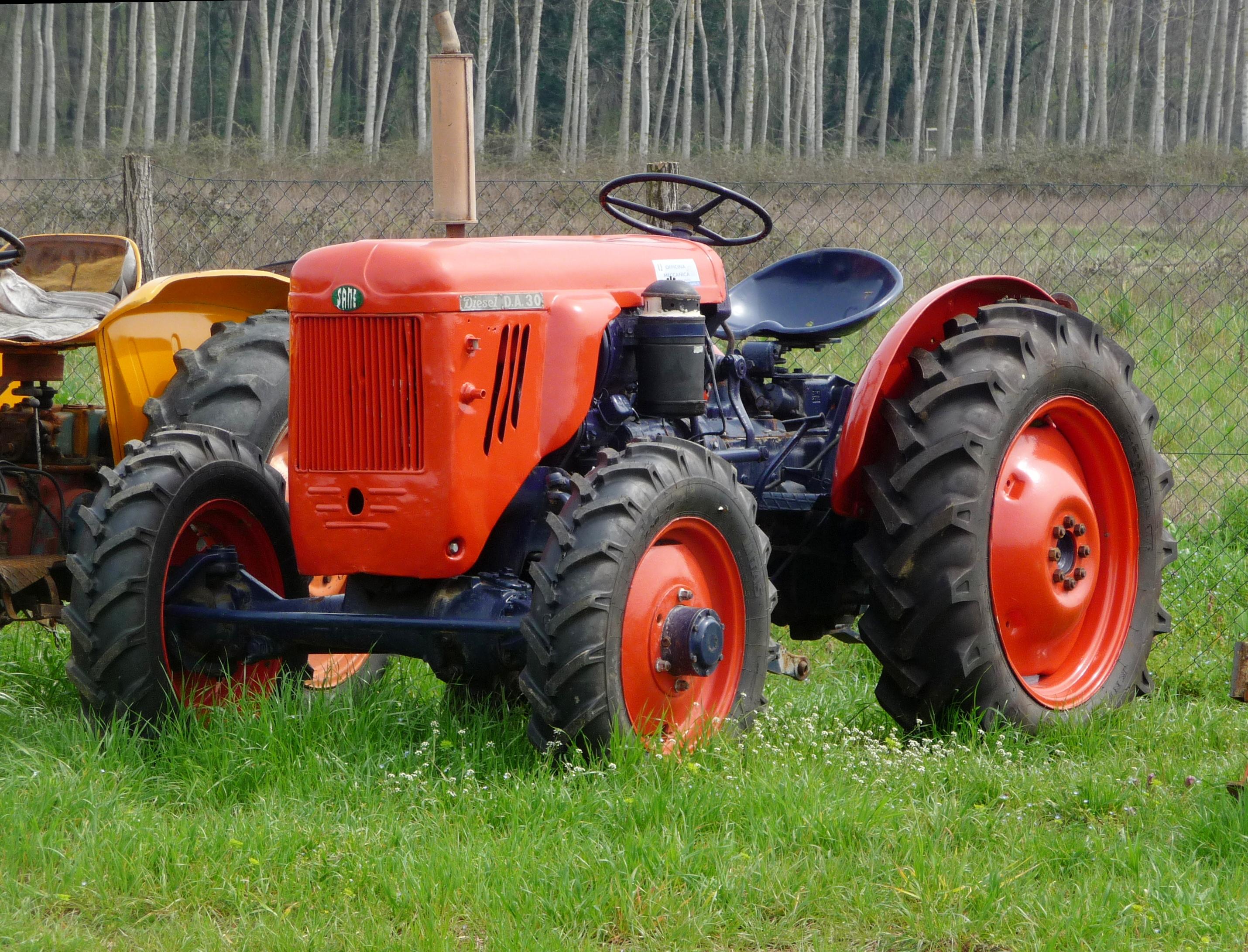 File Same Tractor 2 Jpg Wikimedia Commons