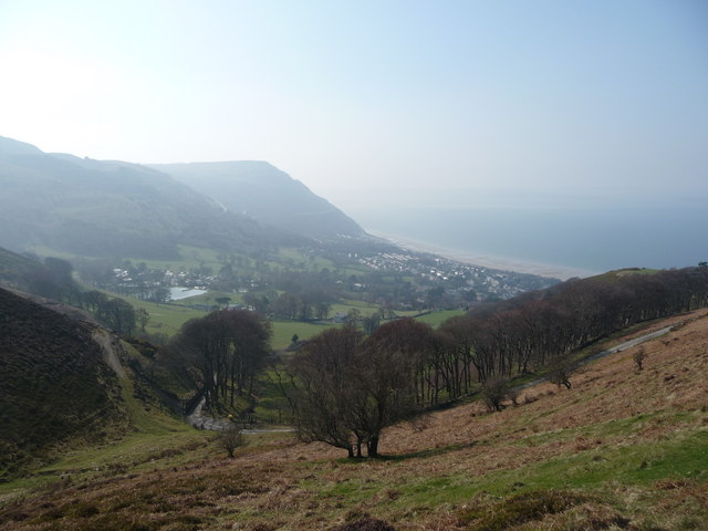 The view down from Mountain Lane - geograph.org.uk - 1804989