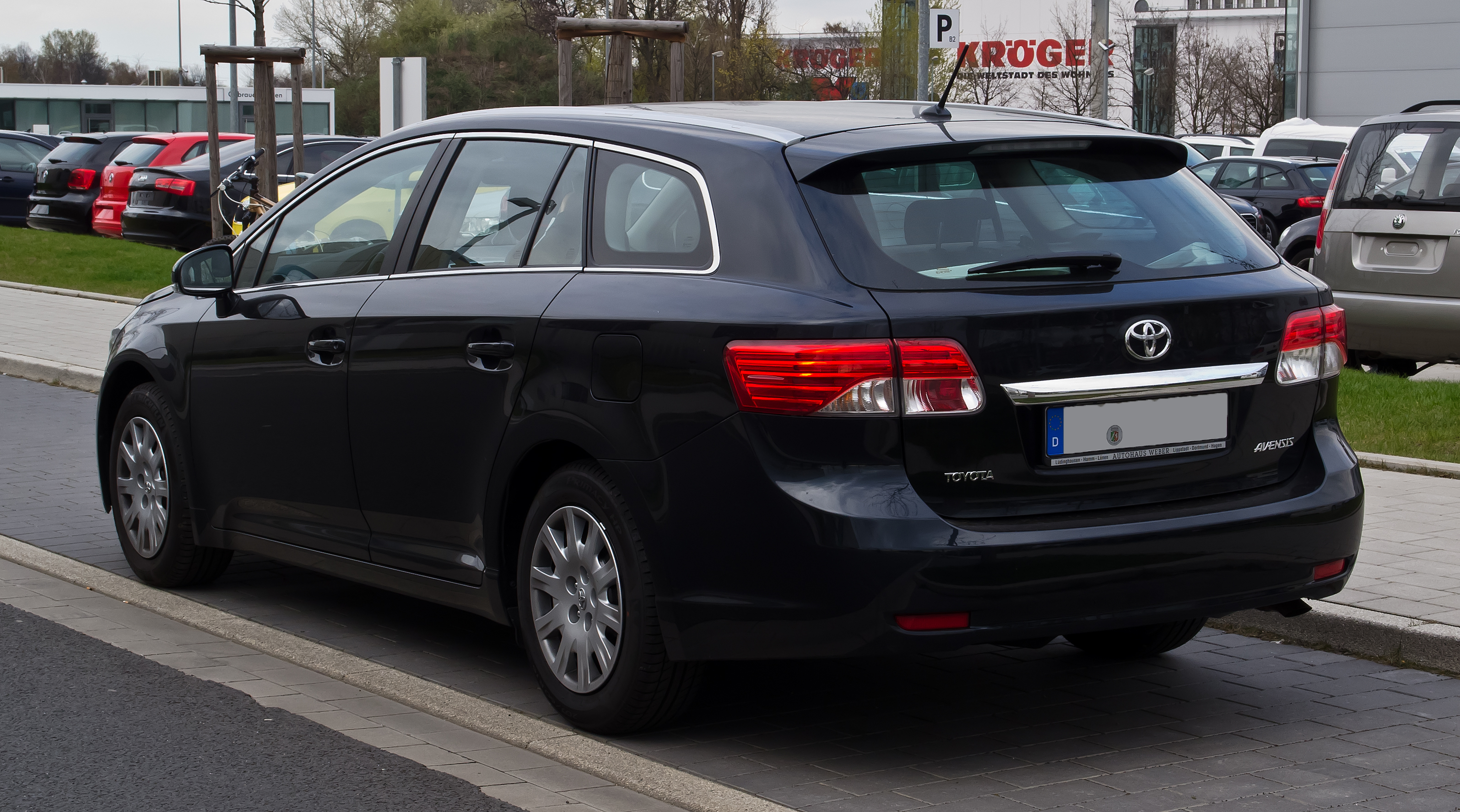 file:toyota avensis combi (iii, facelift) – heckansicht, 1. april