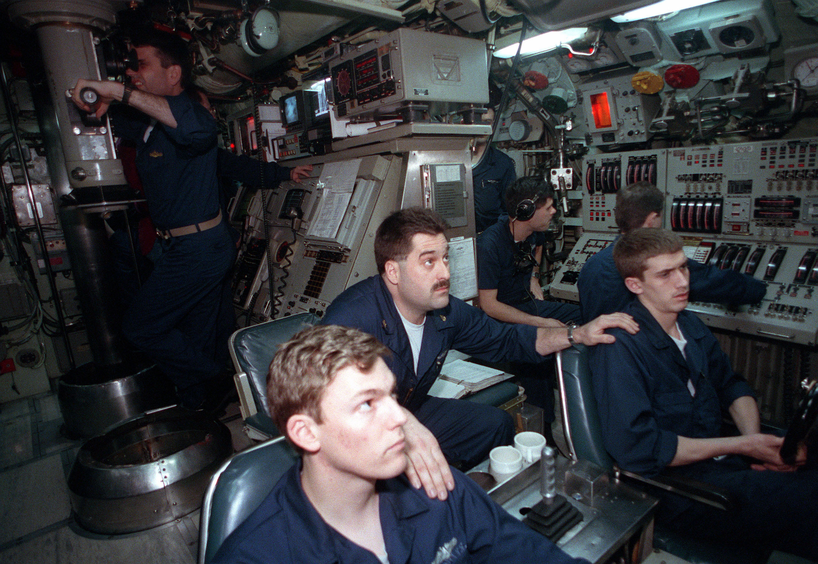 Operationszentrale der USS Pargo (SSN-650) Sturgeon-Klasse (1991)